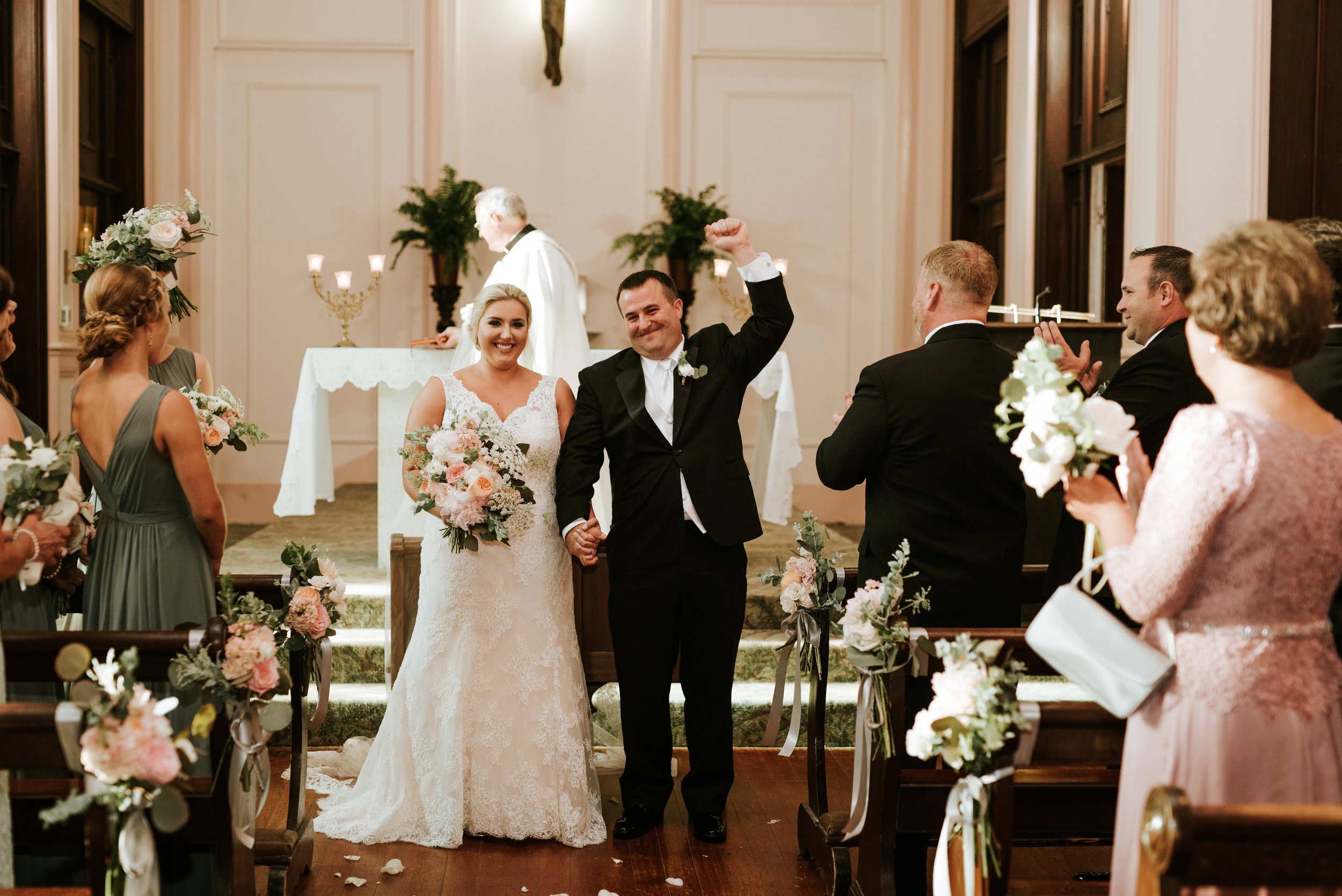 Southern Fete, Southern Wedding, Ceremony, Bride and Groom, Hannah Mulligan Photography