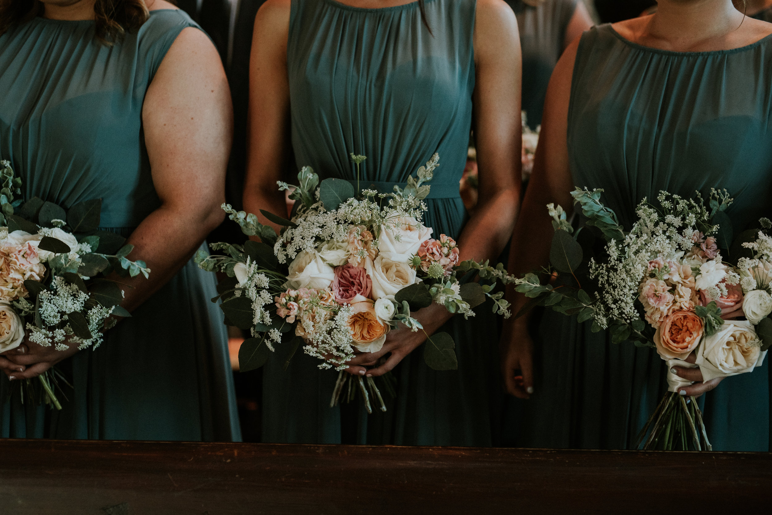 Southern Fete, Southern Wedding, Root Floral Design, Teal Bridesmaid dress, Hannah Mulligan Photography