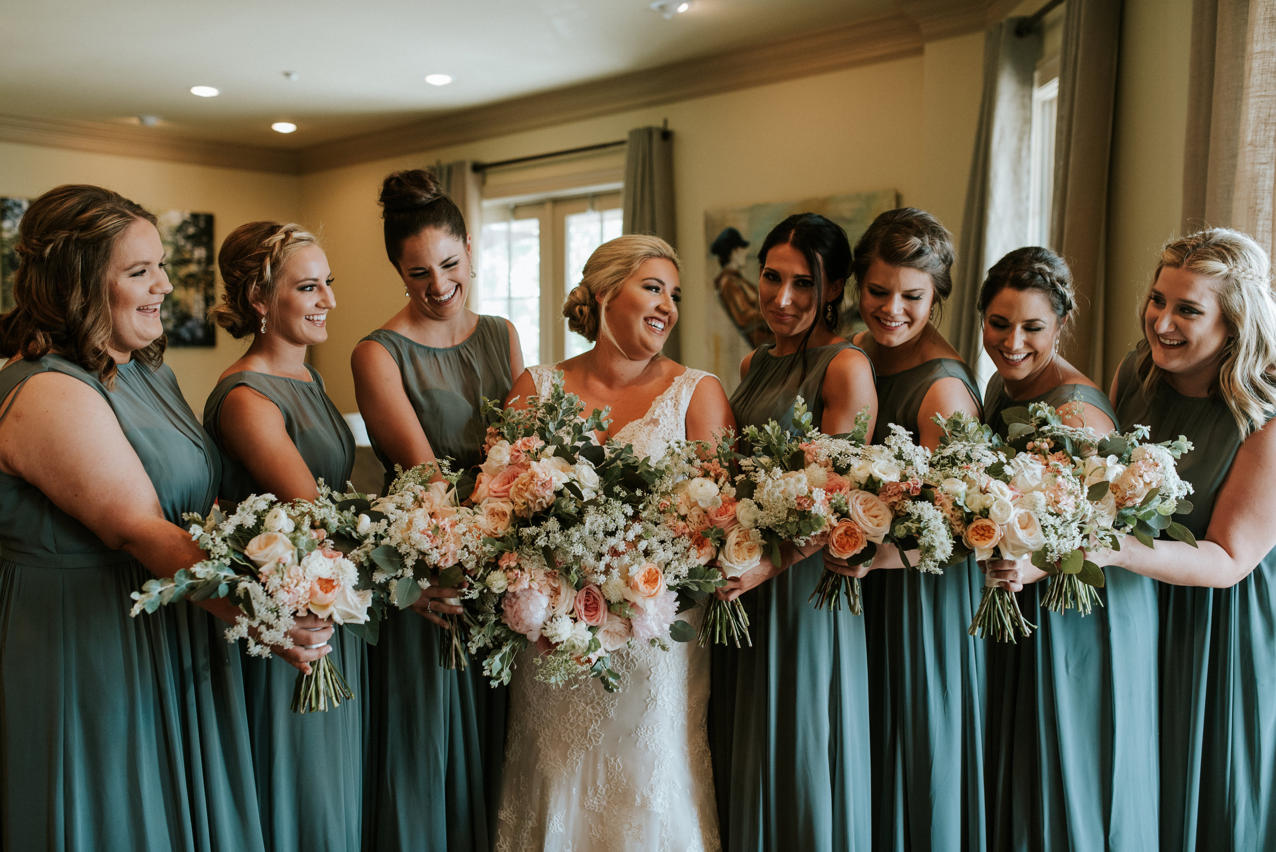 Southern Fete, Southern Wedding, Root Floral Design, Beauty by Victory, Bridesmaid, Joie de Vivre, Hannah Mulligan Photography