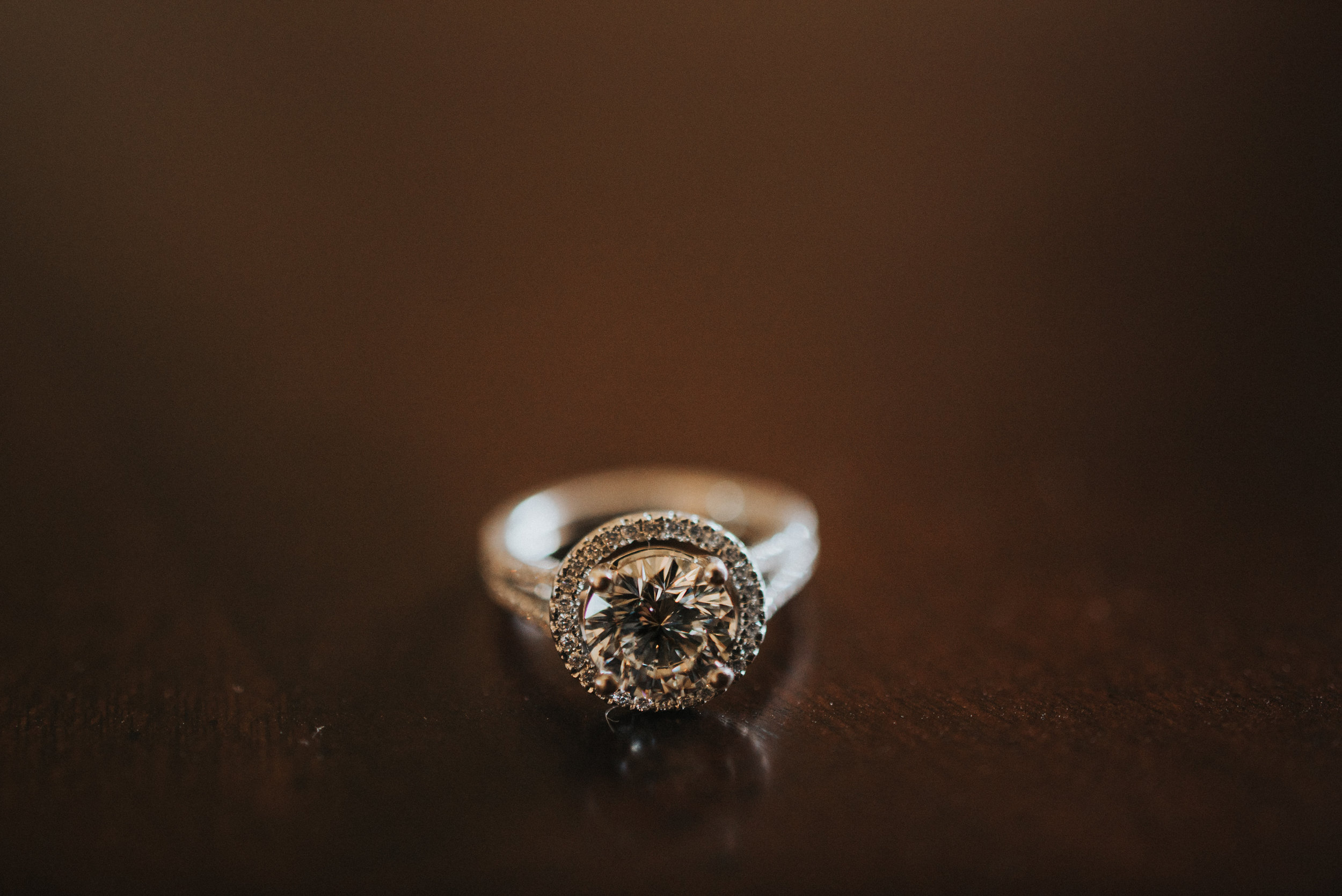 Southern Fete, Southern Wedding, Brides Ring, Erin and Geoffrey Photography