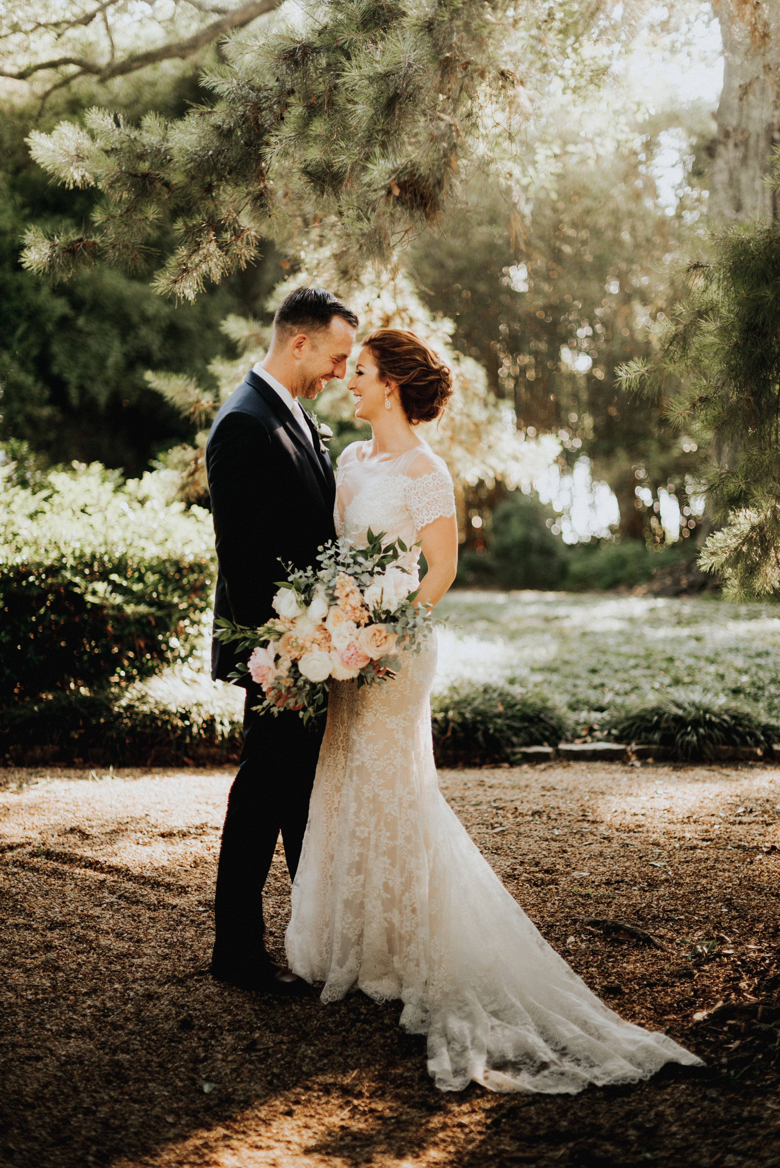 Southern Fete, Southern Wedding, Bride and Groom, Root Floral Design, Erin and Geoffrey Photography