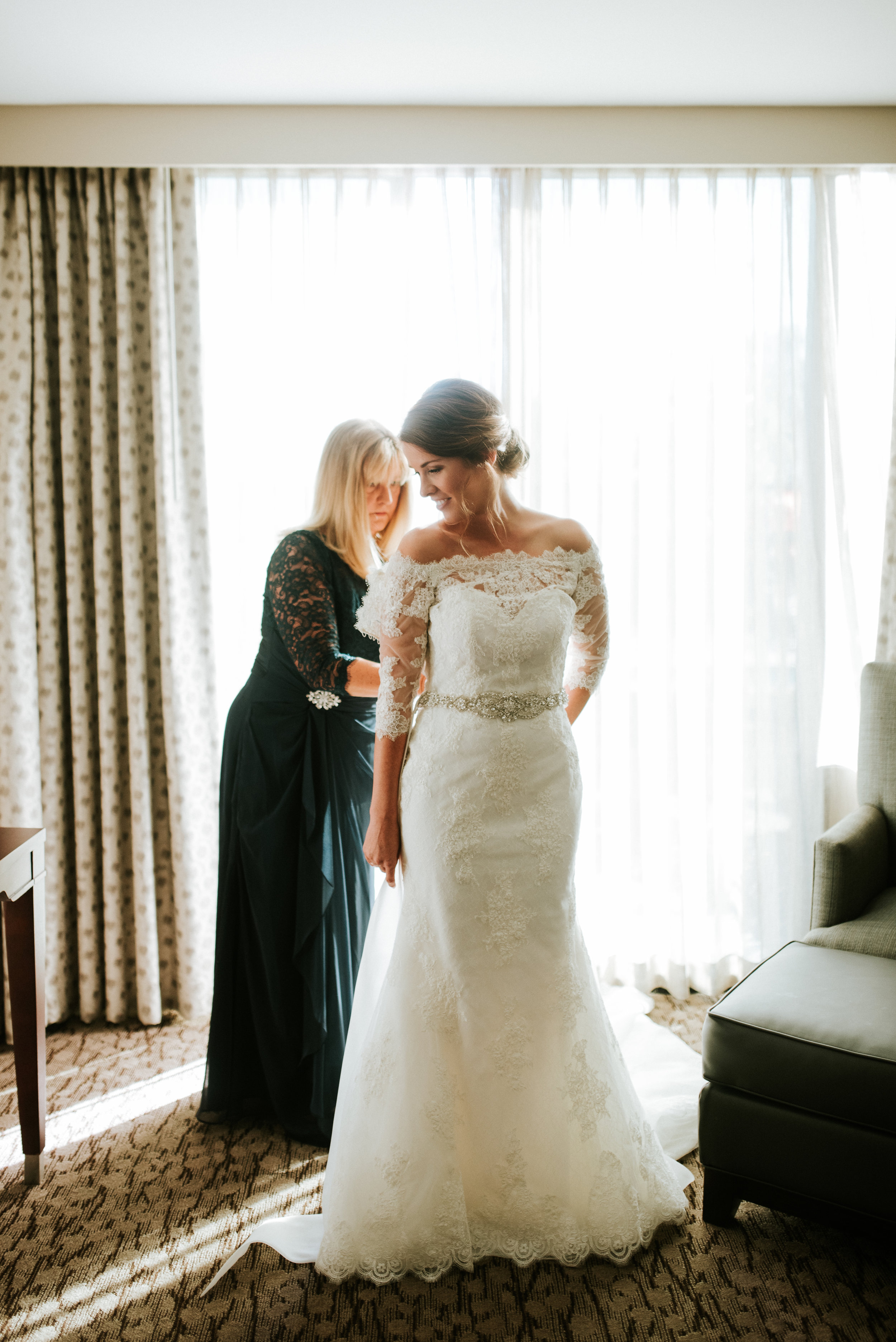 Southern Fete, Southern Wedding, Bride and her Mom, Bridal Gown
