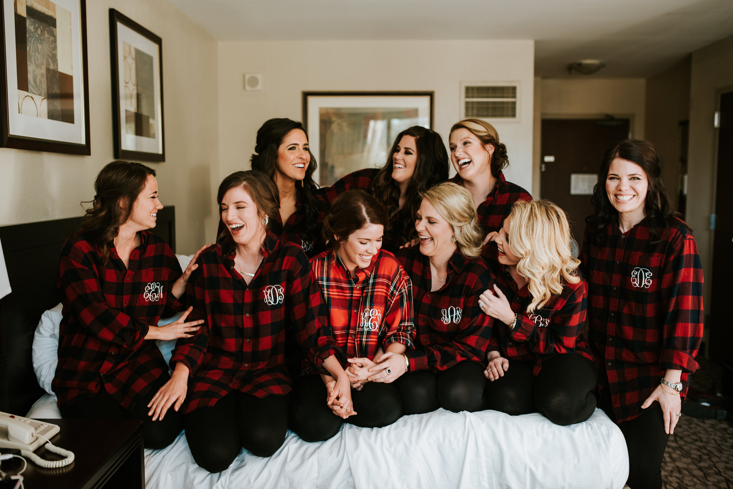 Southern Fete, Southern Wedding, Bride and her Bridesmaid, Hannah Mulligan Photography