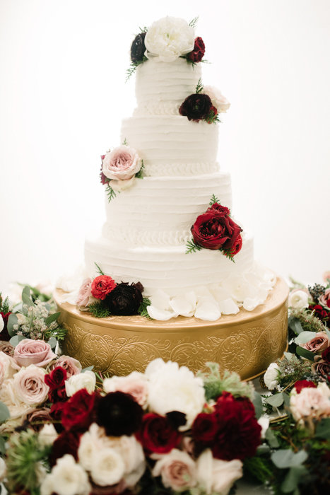 Southern Fete, Southern Wedding, Kathleen's  Short and Sweet, Bride's Cake, Root Floral Design