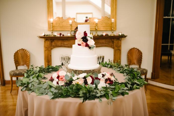 Southern Fete, Southern Wedding, Bride's Cake,  UL Alumni Center, Crystal Weddings, Root Floral Design