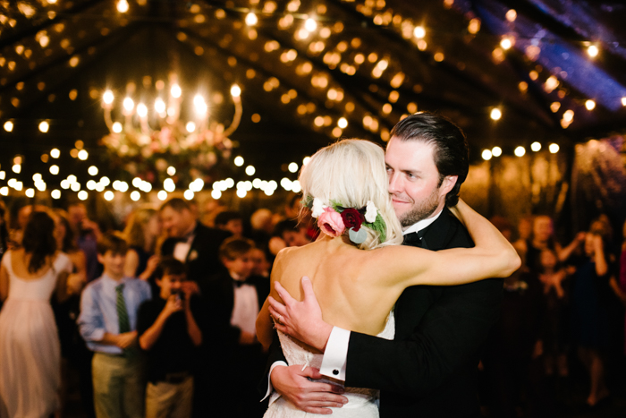 Southern Fete, Southern Wedding, Bride and Groom Dance, Hannah Mulligan Photography