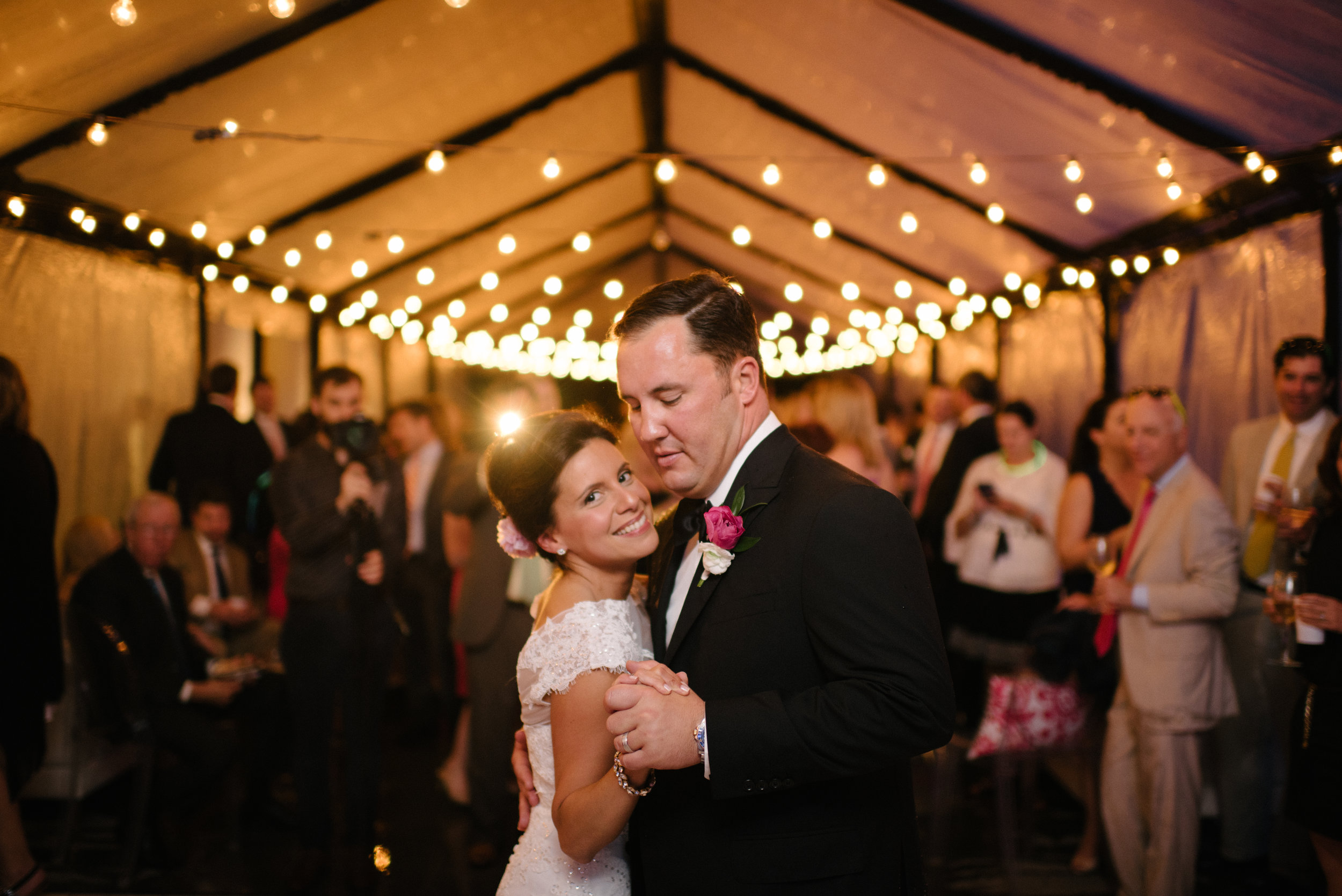 Southern Fete, Southern Wedding, Bag of Donuts, Bride and Groom dance