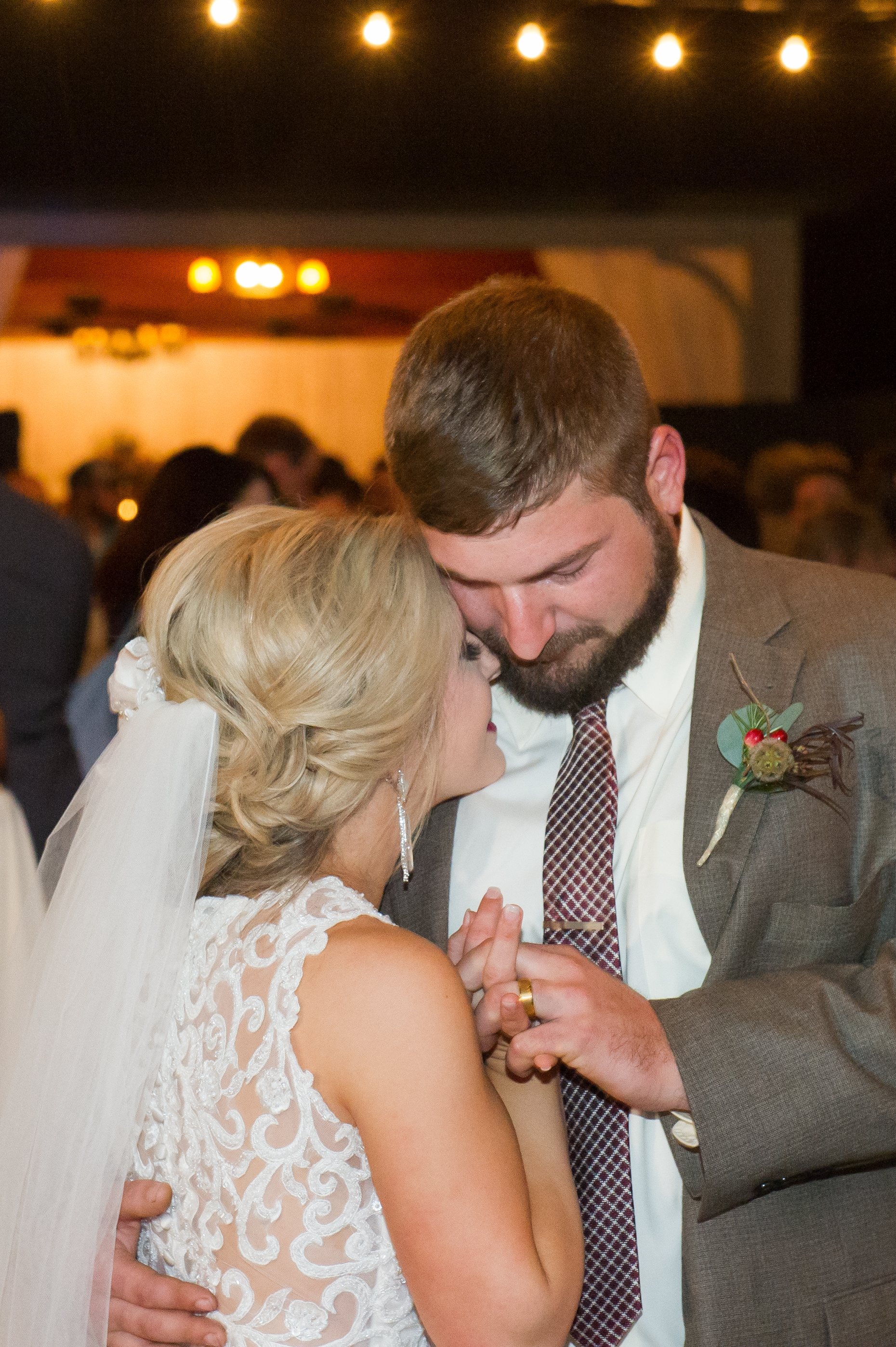 Southern Fete, Southern Wedding, Bride and Groom Moment
