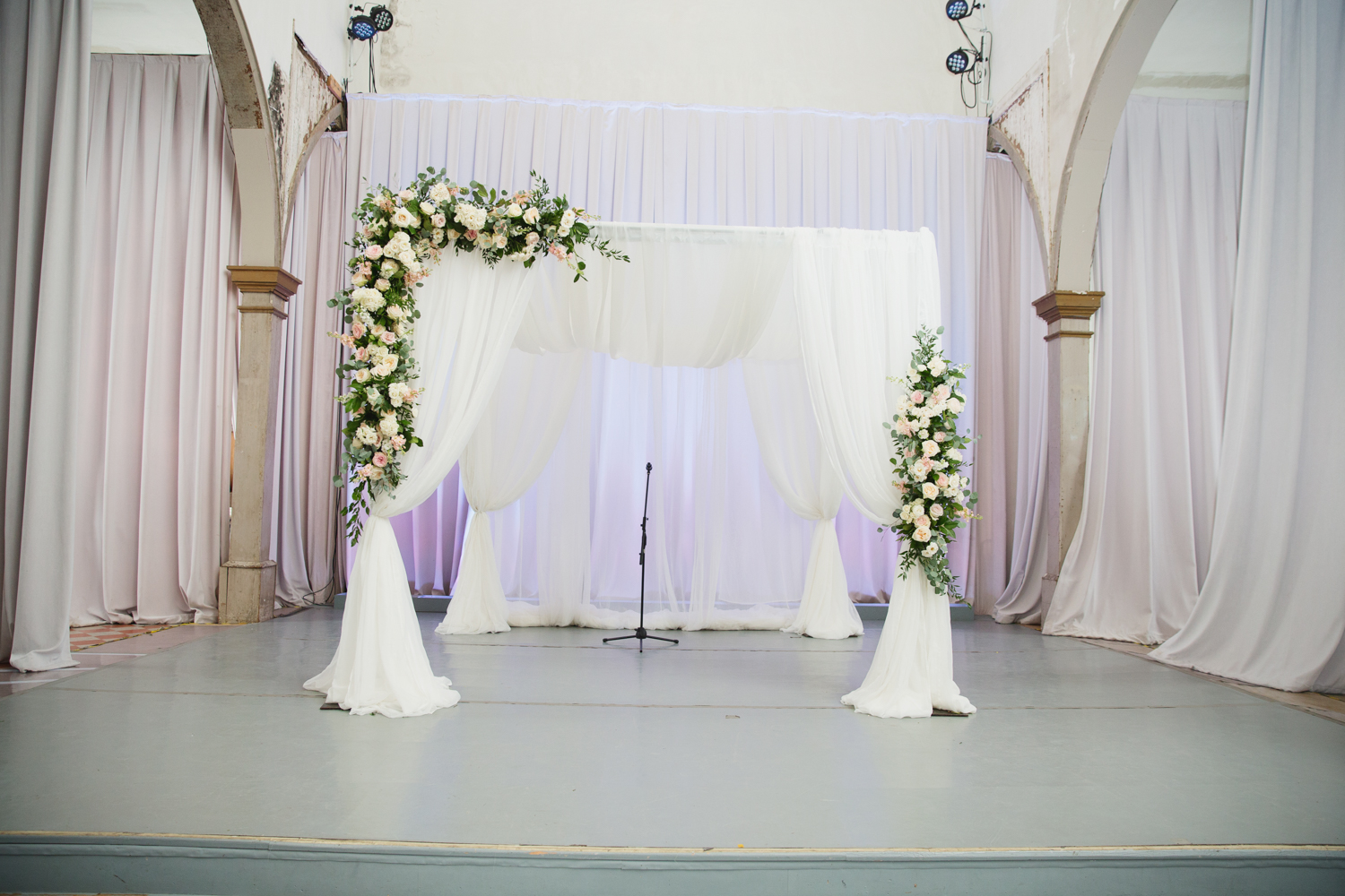 Southern Fete, Southern Wedding, Root Floral Design, E Ray Photo