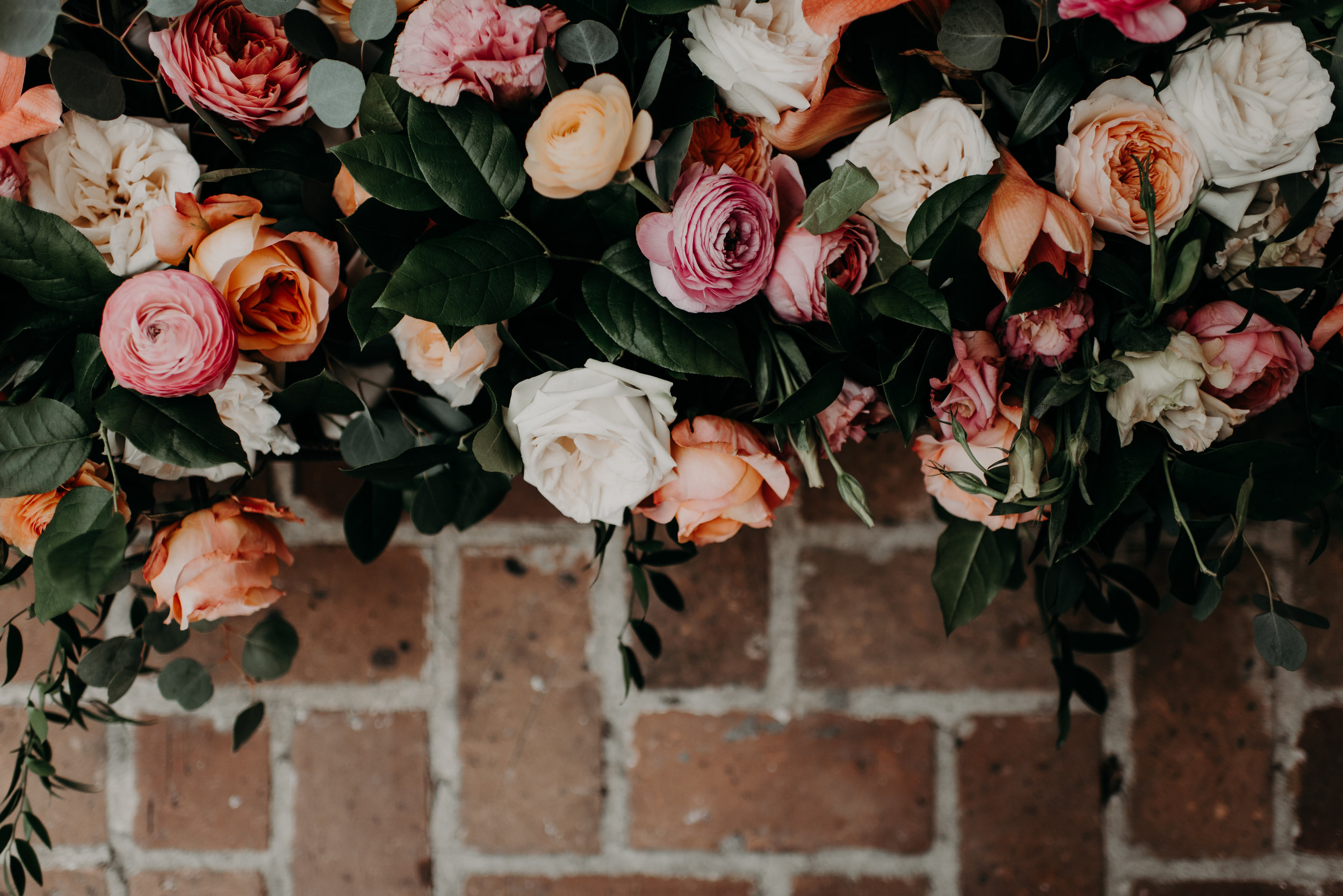Southern Fete, Southern Wedding, Root Floral Design, Hannah Mulligan Photography, Pink and Coral Flower Bouquet
