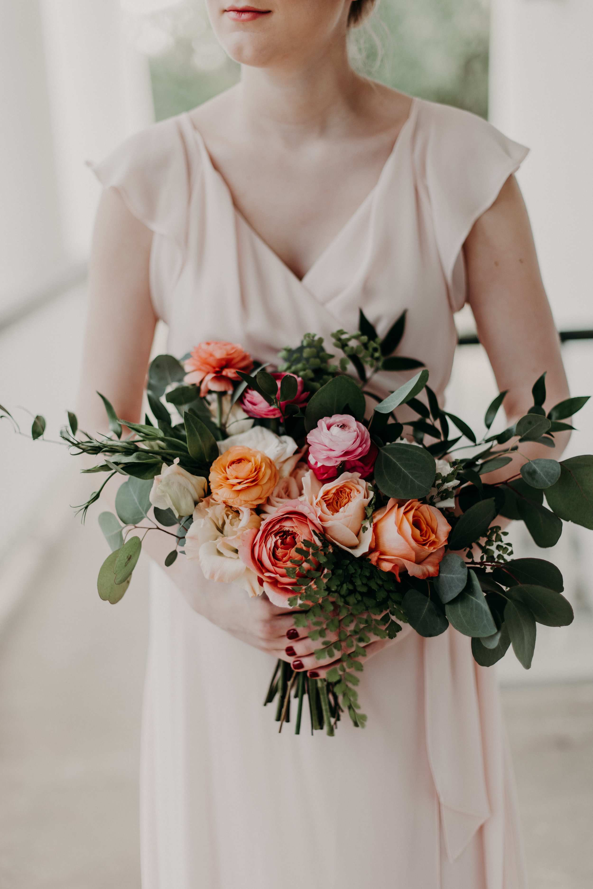 Southern Fete, Southern Wedding, Root Floral Design, Pink and Coral Flower Bouquet, Hannah Mulligan Photography