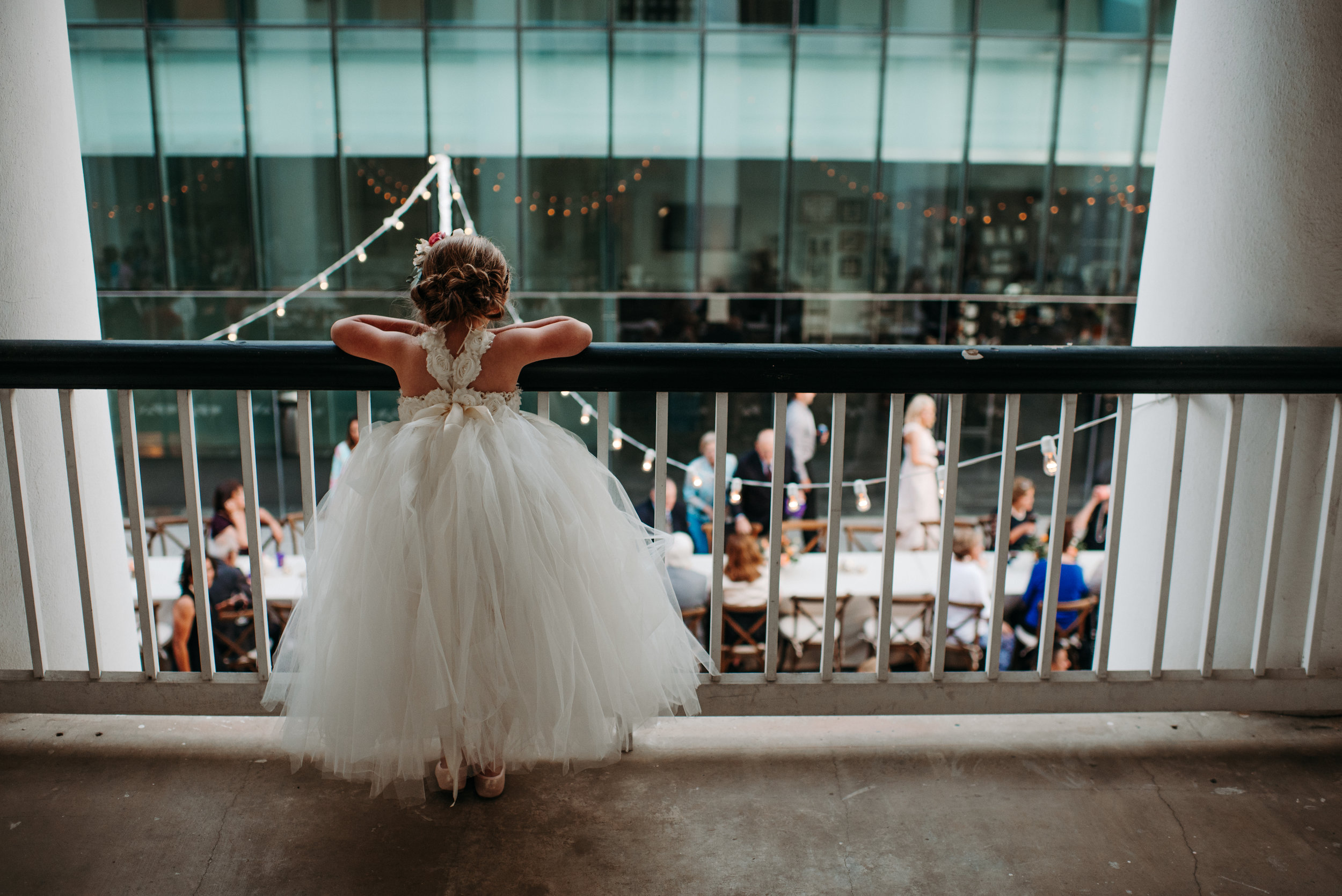 Southern Fete, Southern Wedding, Flower girl, Reception, Hannah Mulligan Photography