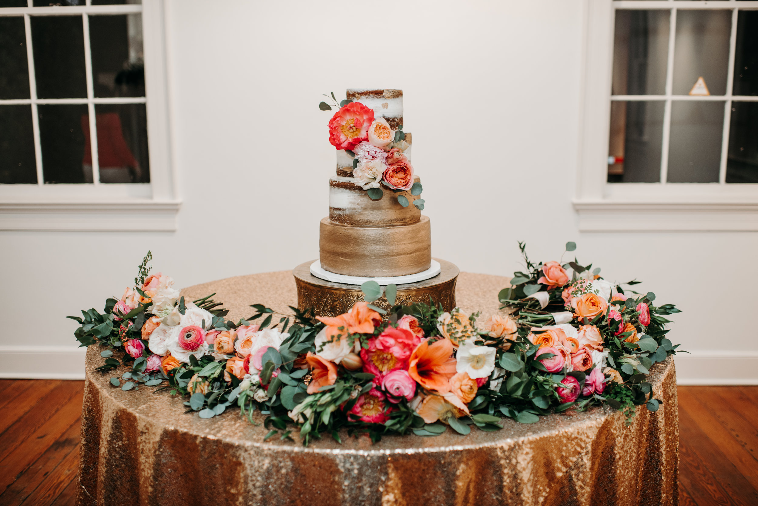 Southern Fete, Southern Wedding, Sky's the Limit Cakes, Daisy Cakes, Root Floral Design