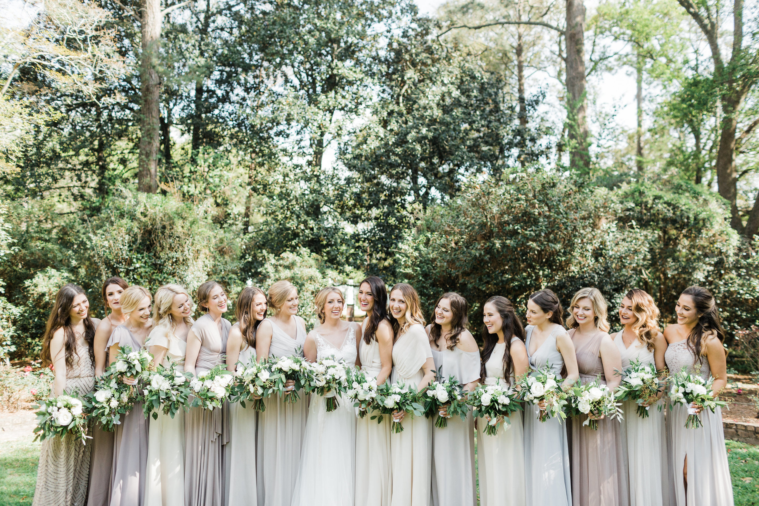 Southern Fete, Southern Wedding, Sweet Olive Floral, Bridal Party, Carolynn Seibert Photography