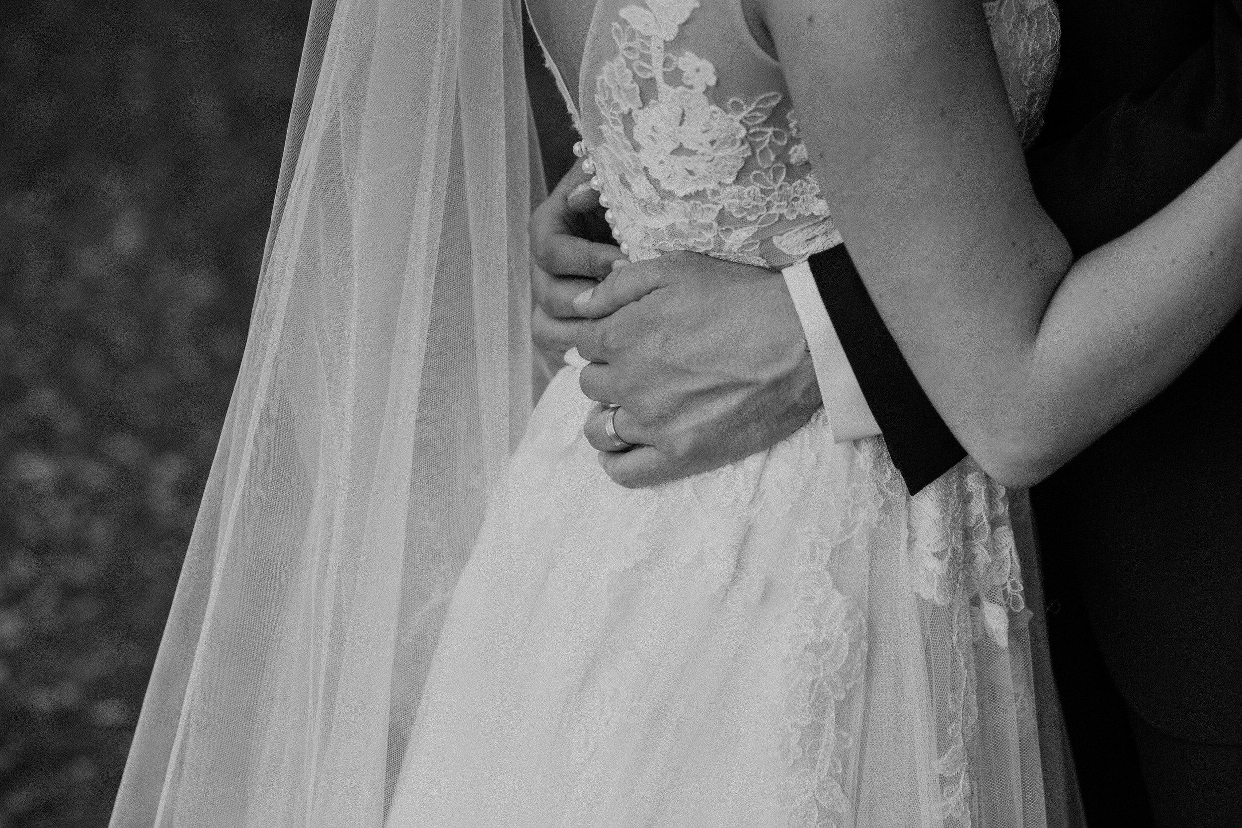 Southern Fete, Southern Wedding, Wedding dress details, Bride and Groom, Carolynn Seibert Photography