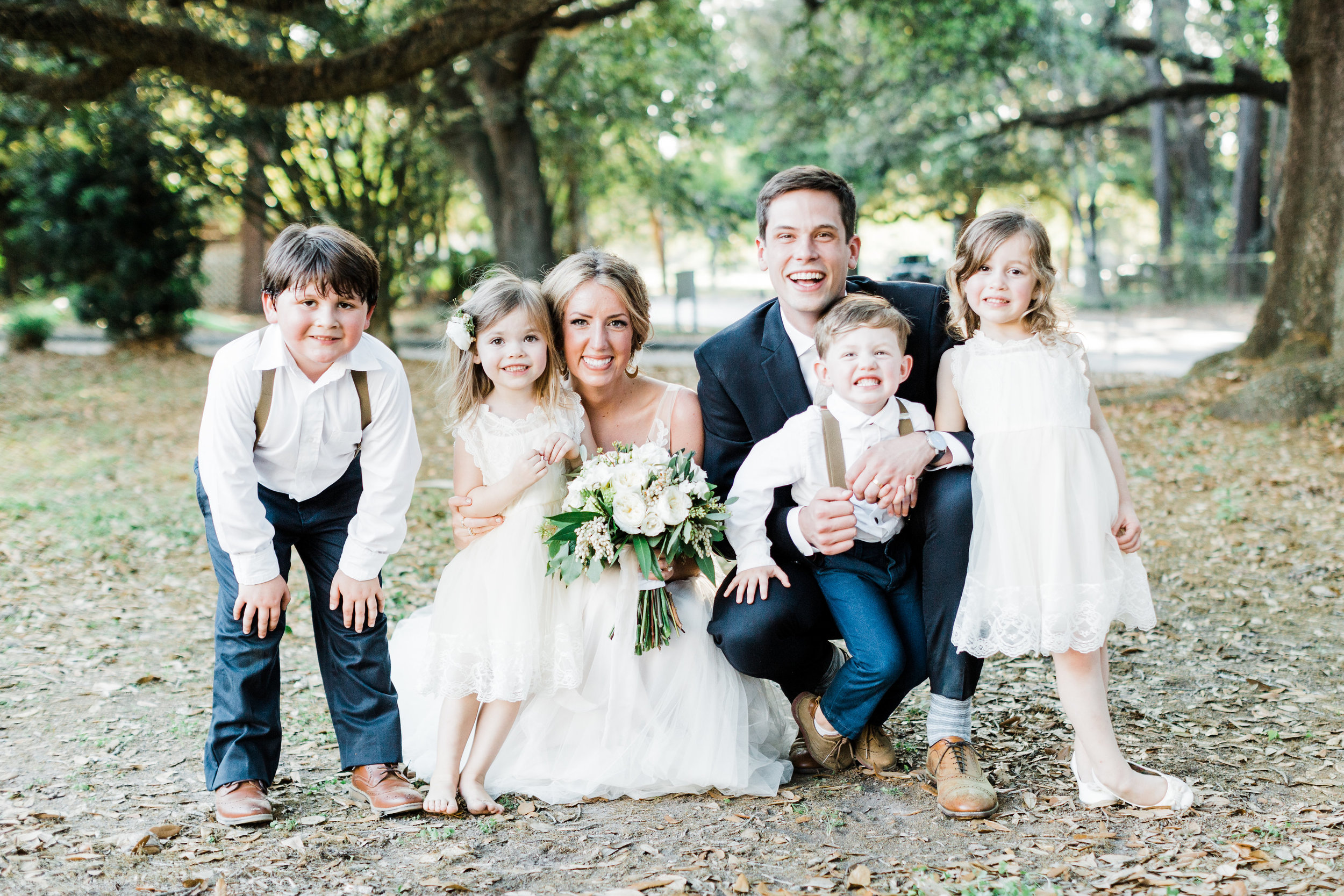 Southern Fete, Southern Wedding, Bride and Groom, Family Photo, Carolynn Seibert Photography