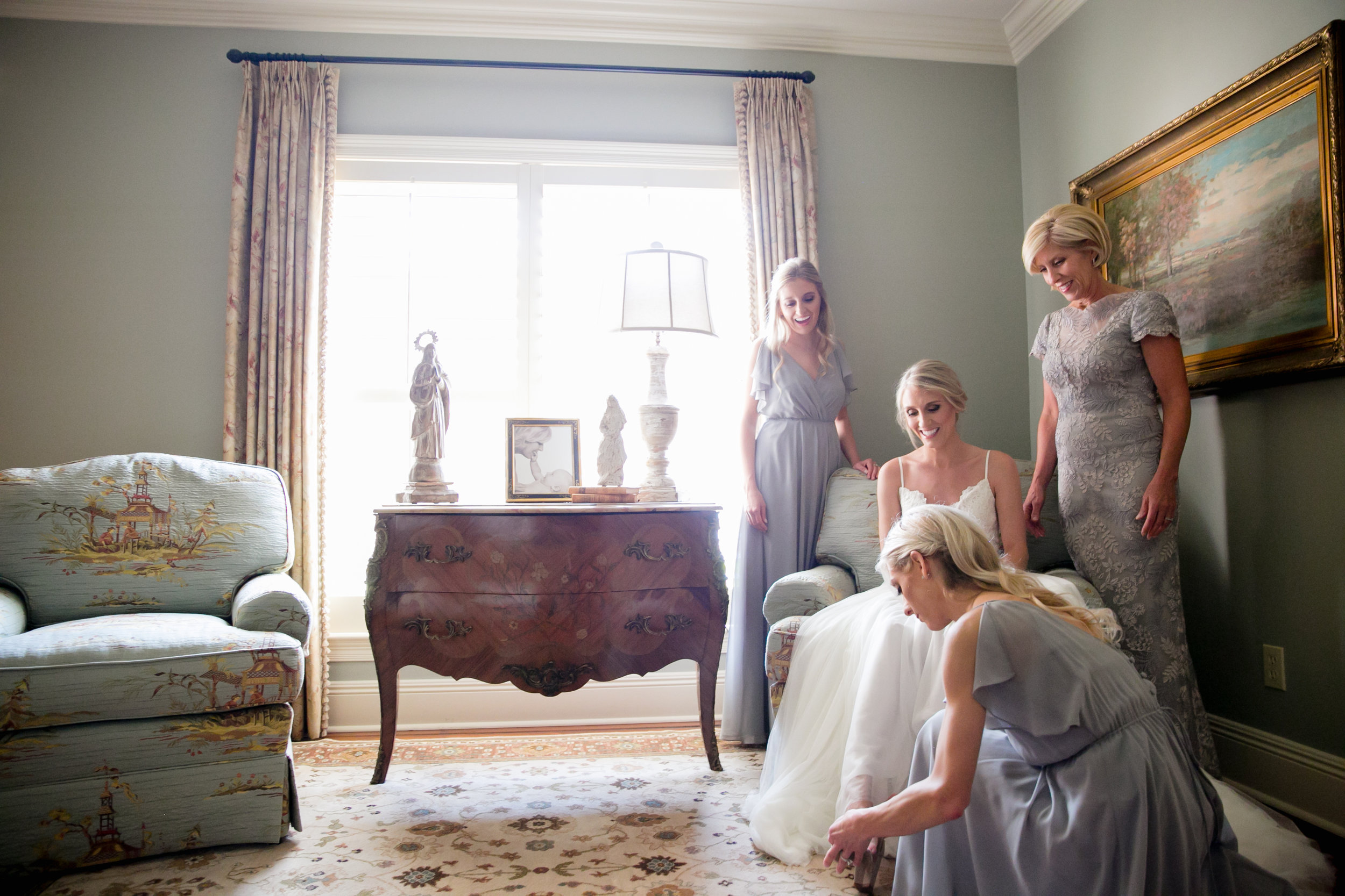 Southern Fete, Southern Wedding, Bride and her Mom with Bridesmaids, Brocato Photography