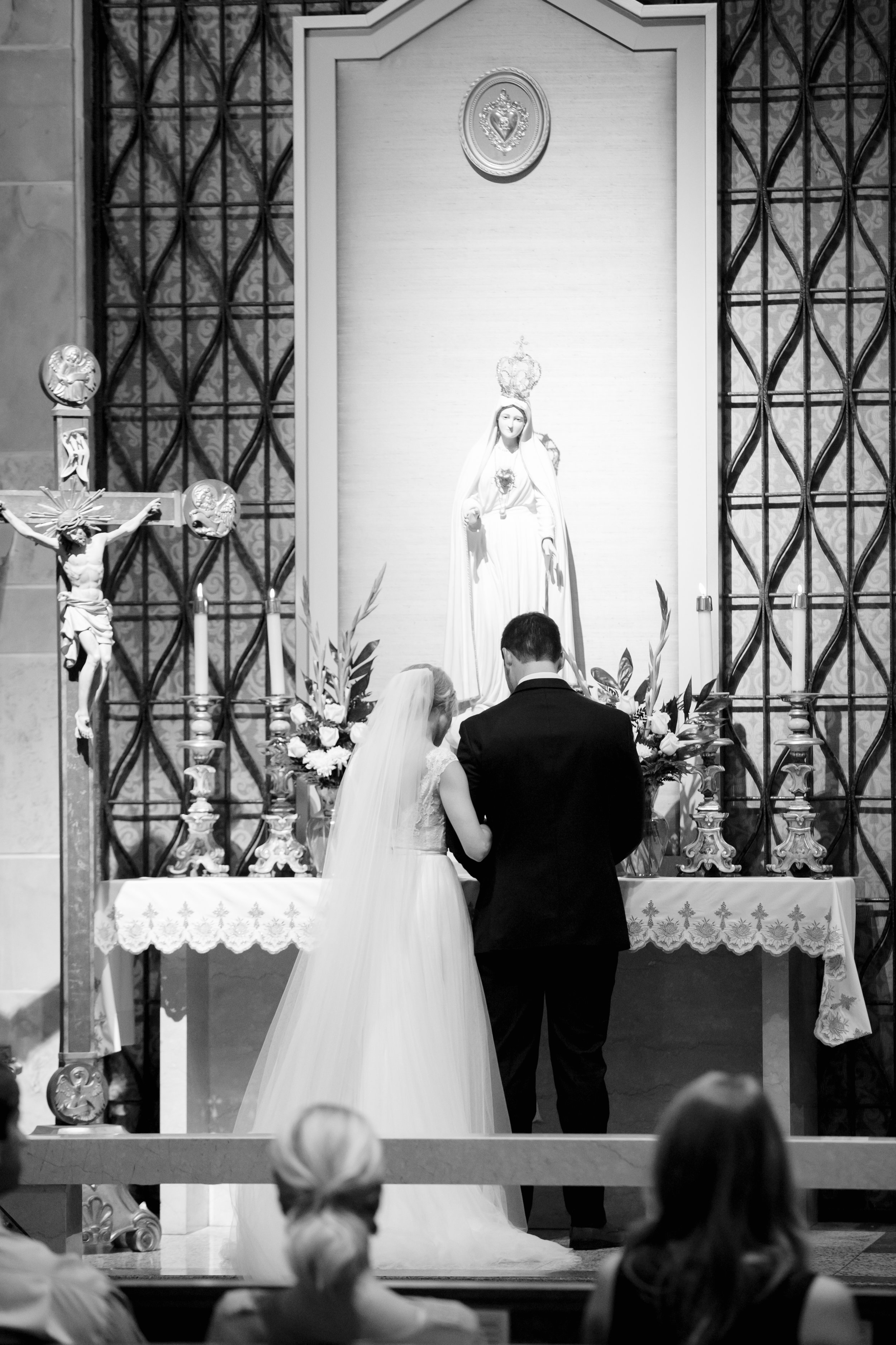 Southern Fete, Southern Wedding, Ceremony, Acadiana Center for the Arts, Crystal Weddings, Brocato Photography