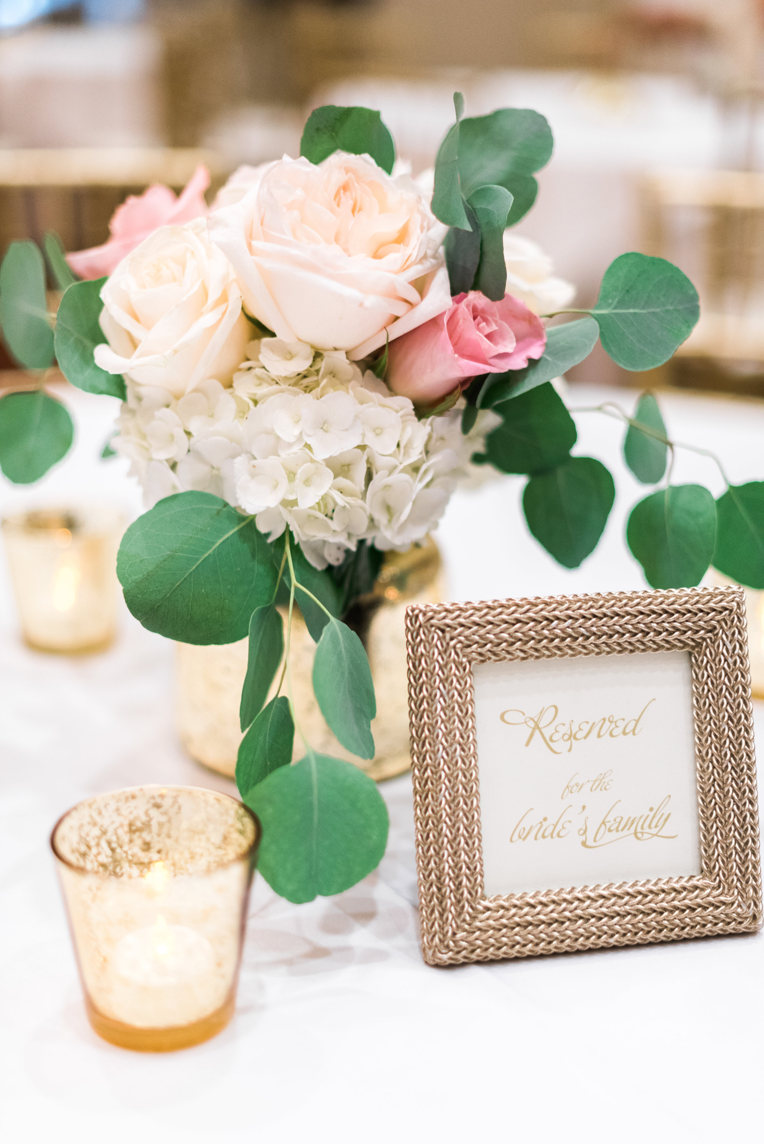 Southern Fete, Southern Wedding, Flowers by Rodney, Center Piece, Sarah Beth Photography