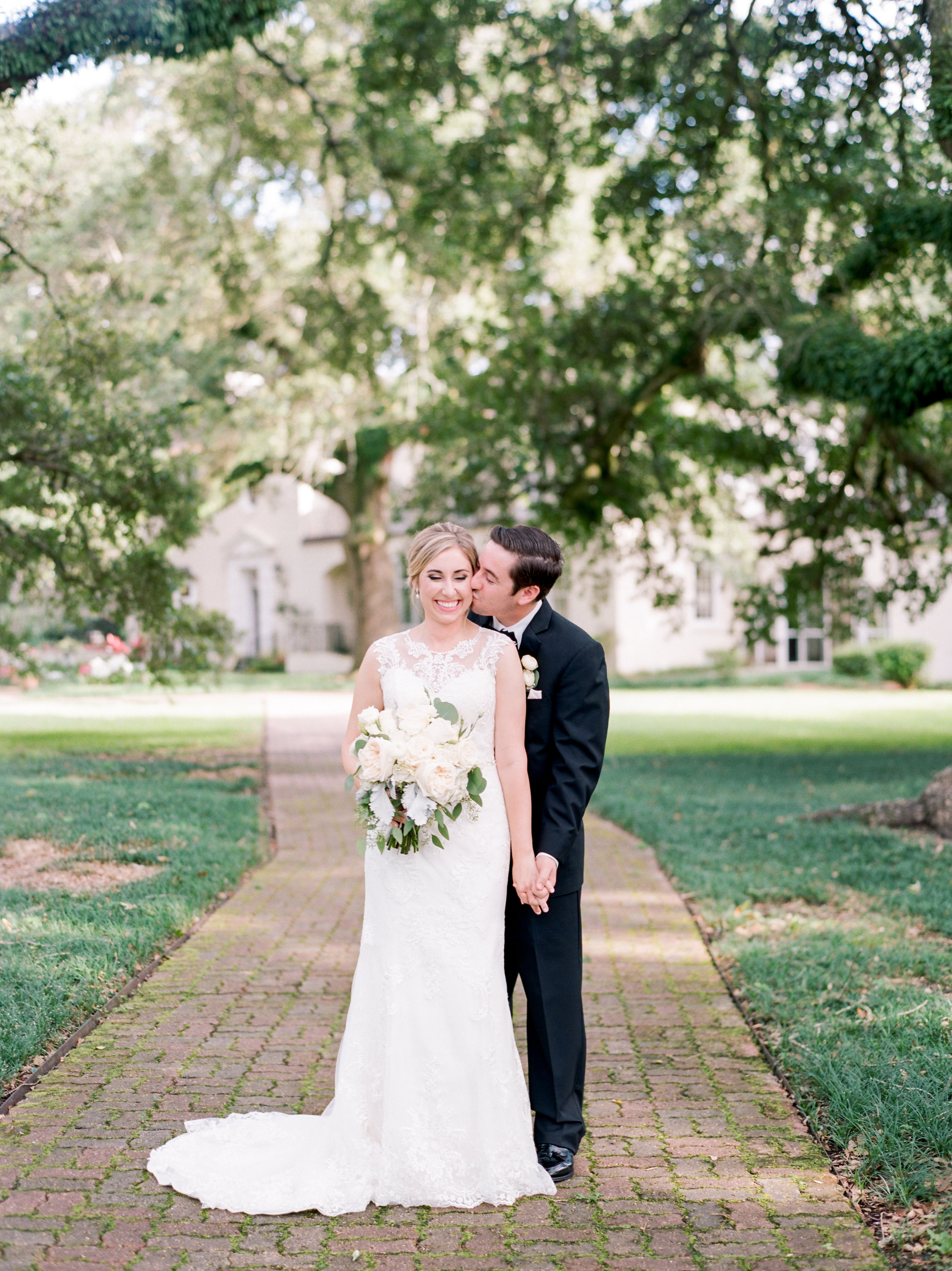 Southern Fete, Southern Wedding, Bride and Groom, Special Moment, Flowers by Rodney, Sarah Beth Photography