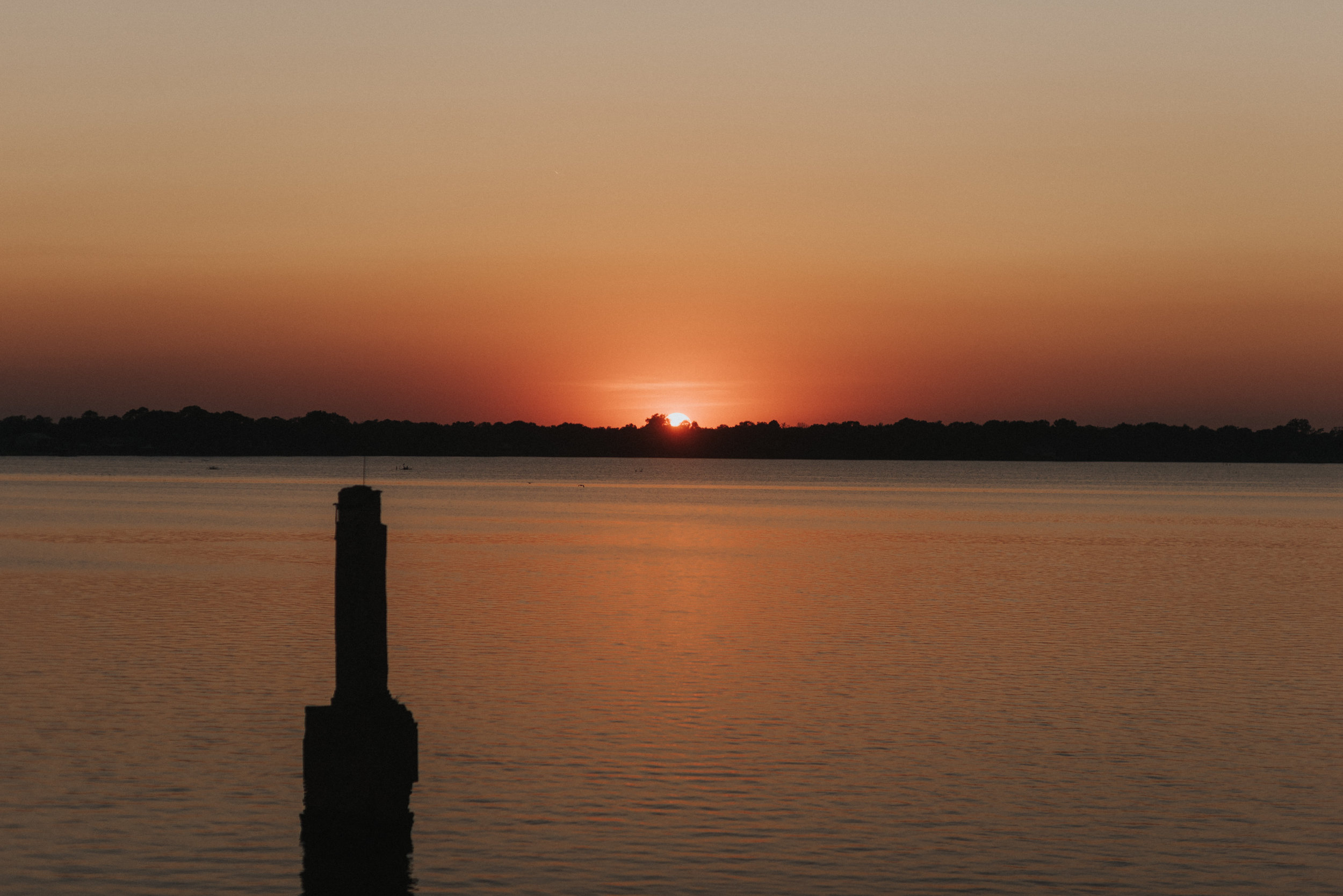 Southern Fete, Southern Wedding, Lake Sunset