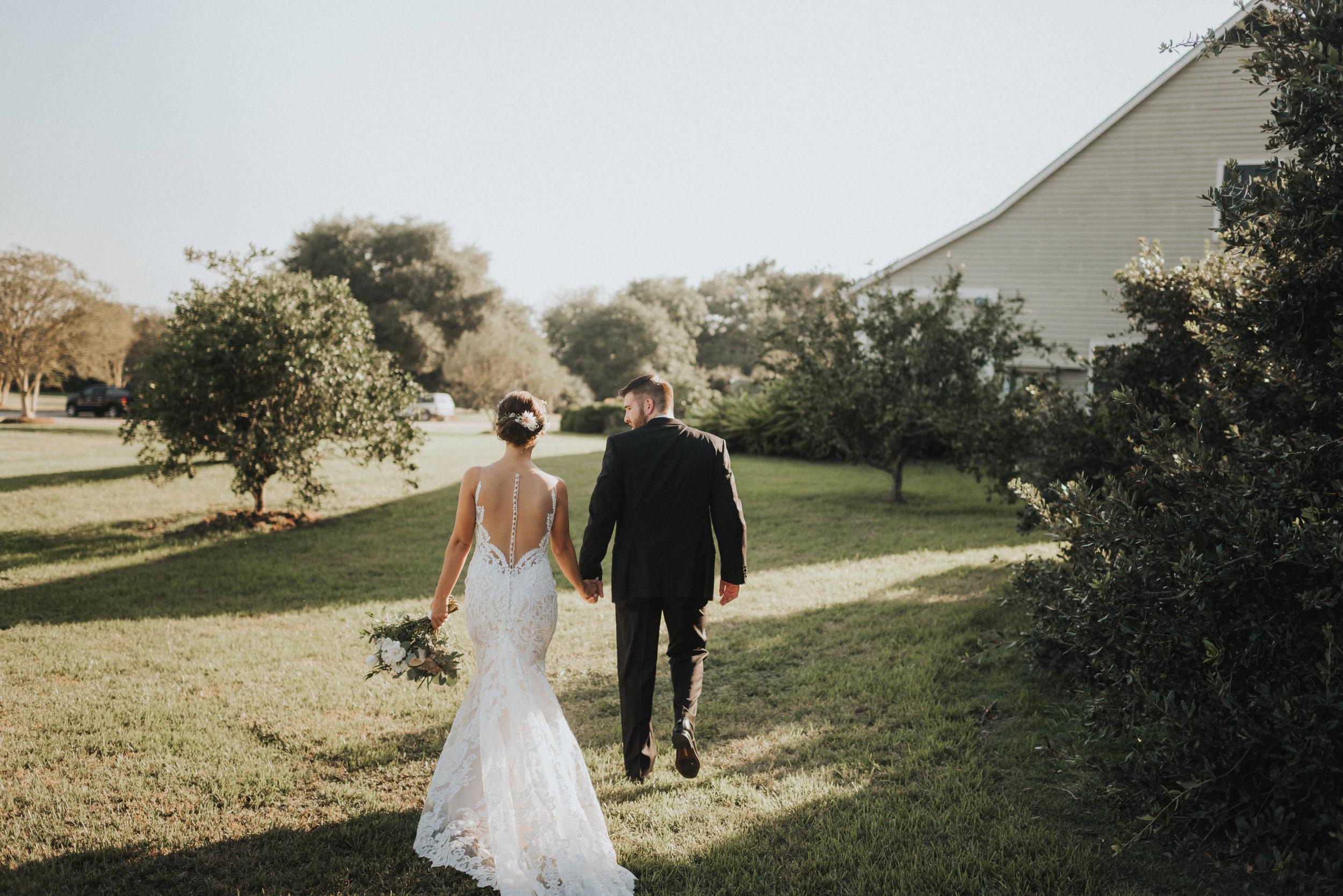 Southern Fete, Southern Wedding, Bride's Wedding dress details