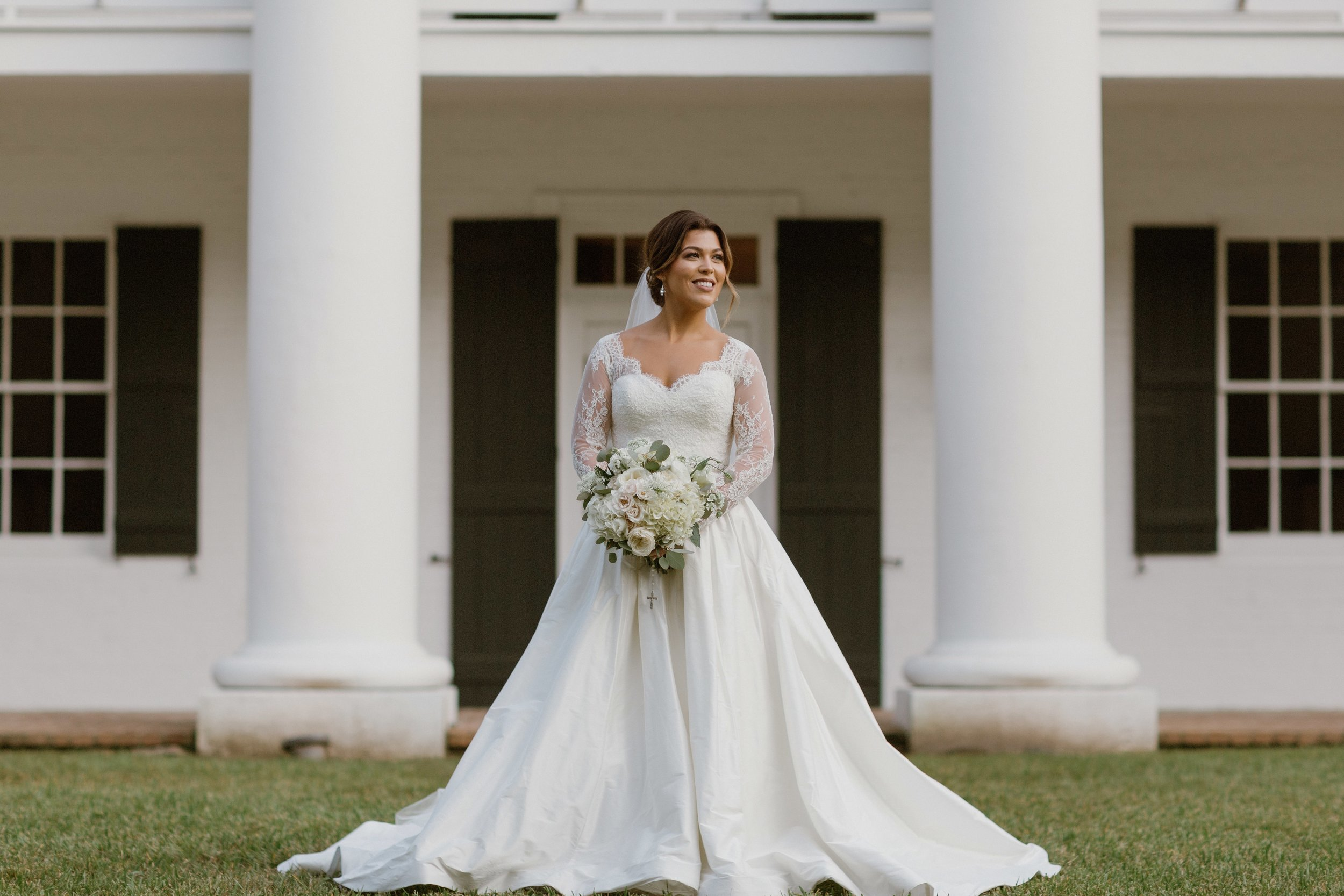 Southern Fete, Southern Wedding, Bride, Wedding dress, September Company, Root Floral Design