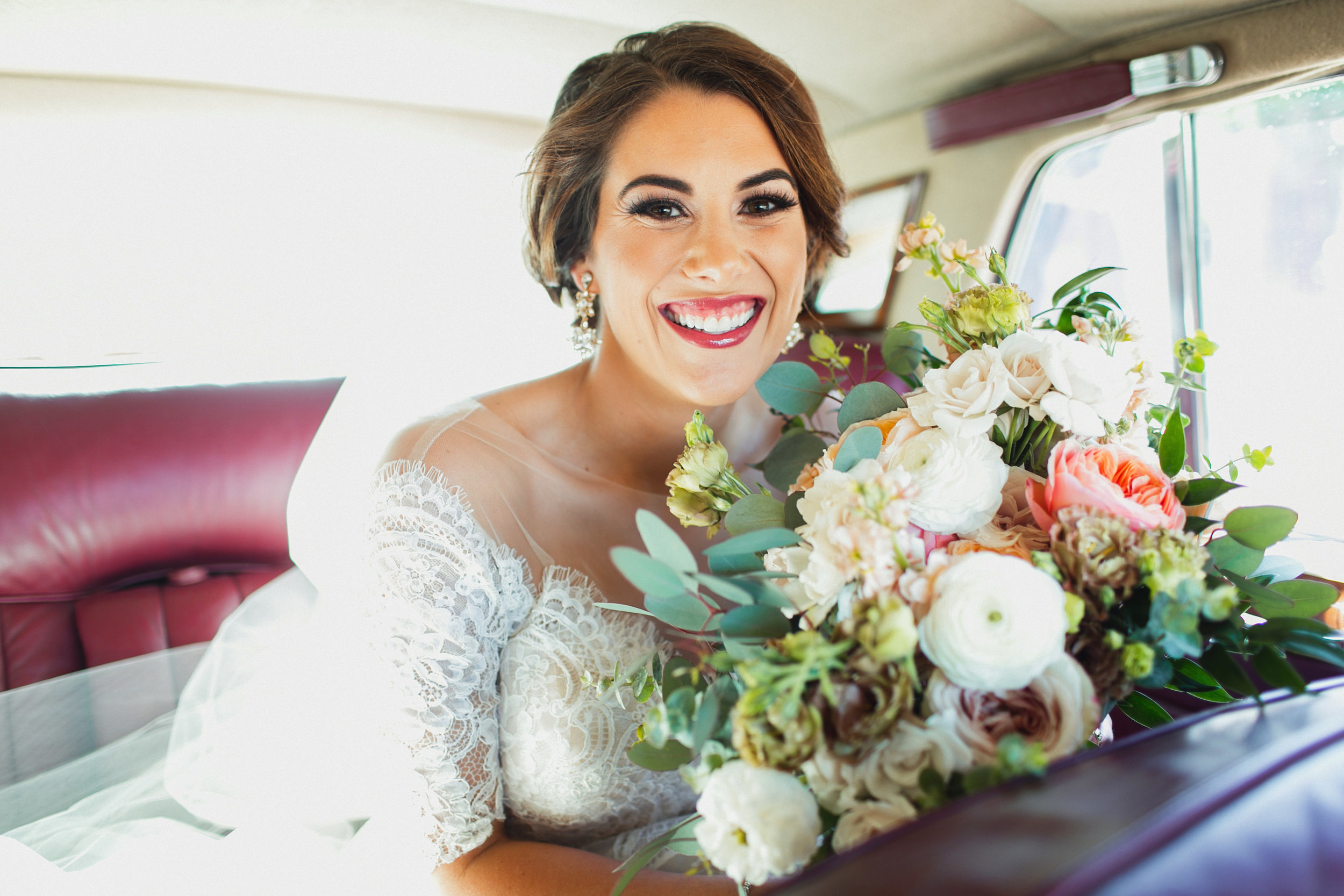 Southern Fete, Southern Wedding, Bride, Root Floral Design, Kimbrali Photography