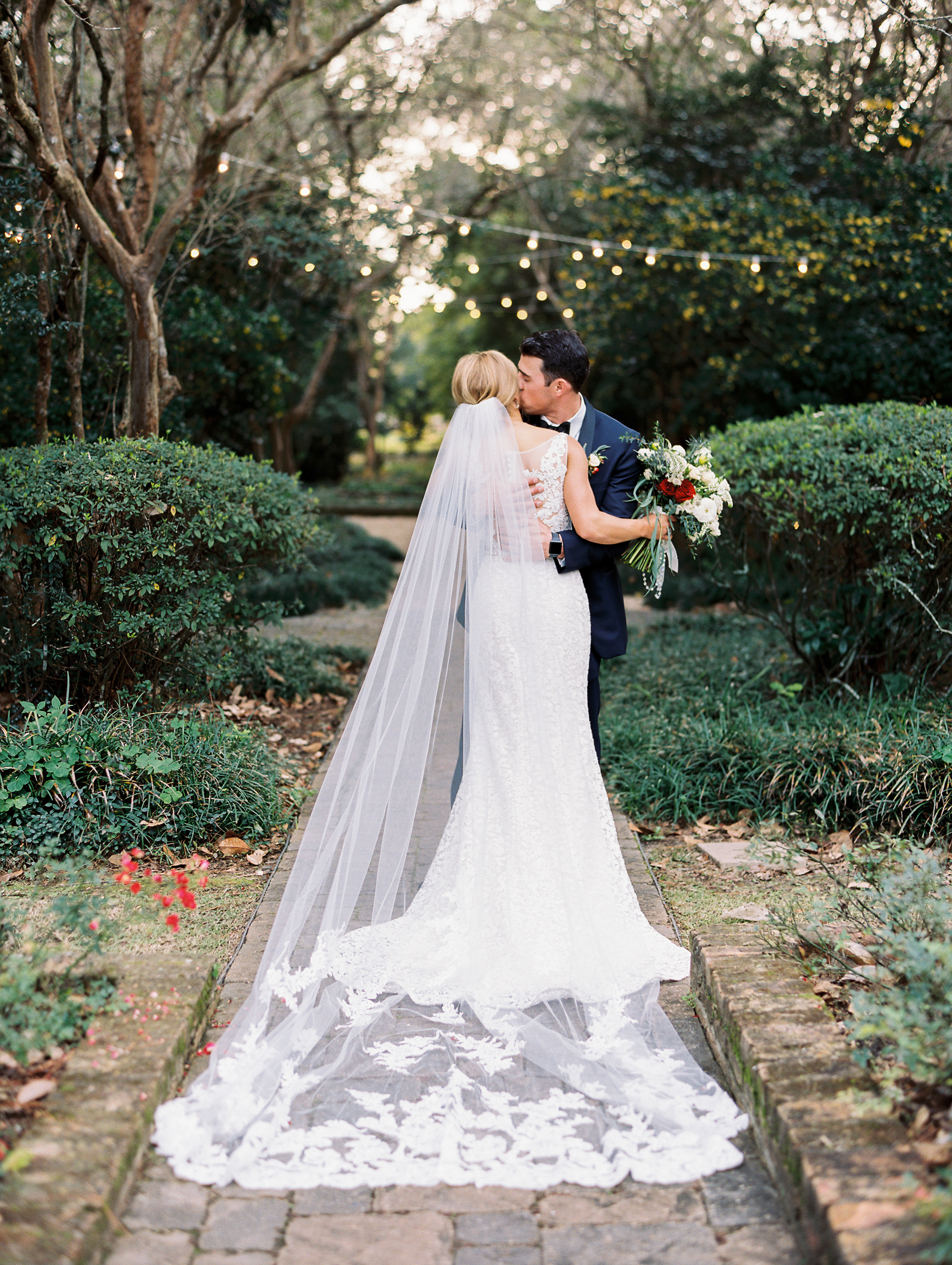 Southern Fete, Southern Wedding, Bride and Groom First Look, Wedding dress details, Sarah Beth Photography, Peregrin's Florist