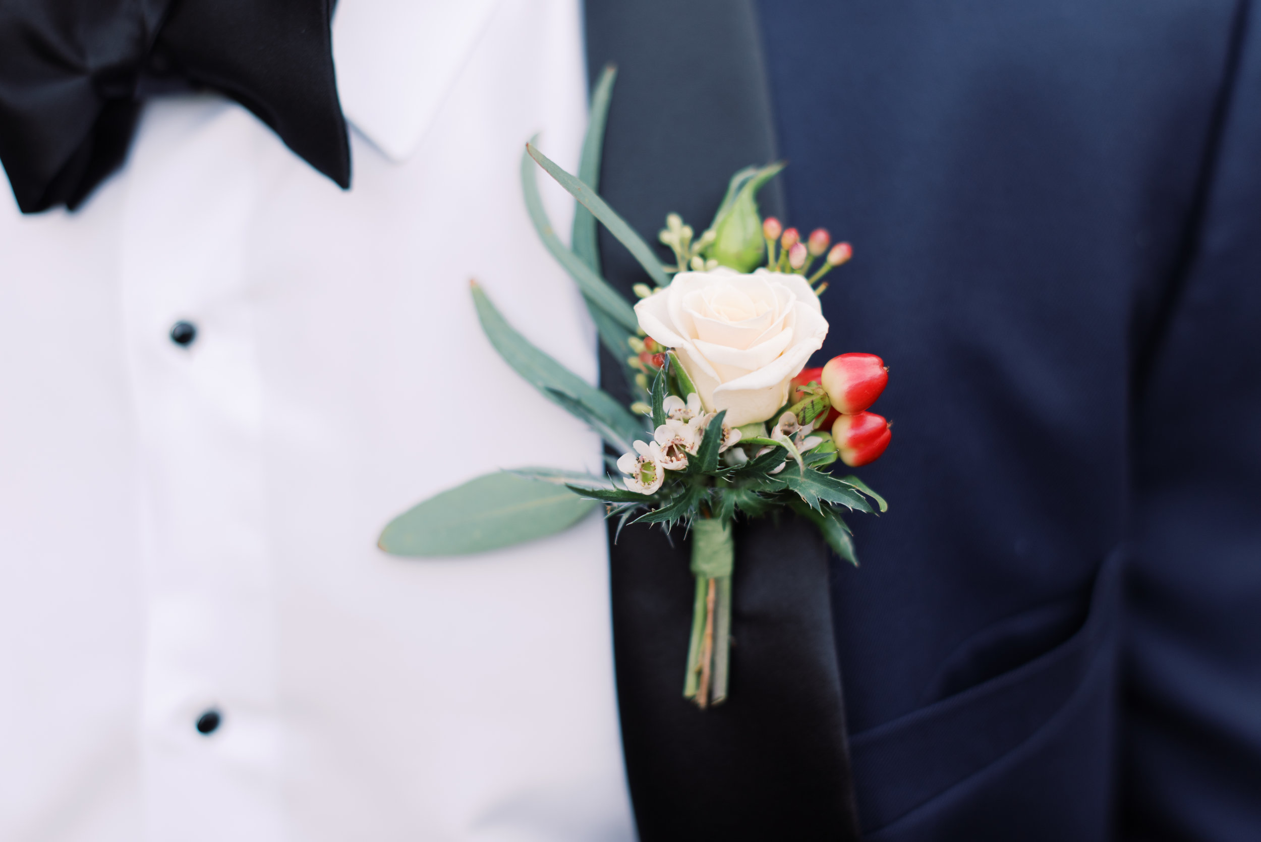 Southern Fete, Southern Wedding, Groom's Boutonniere, Peregrin's Florist