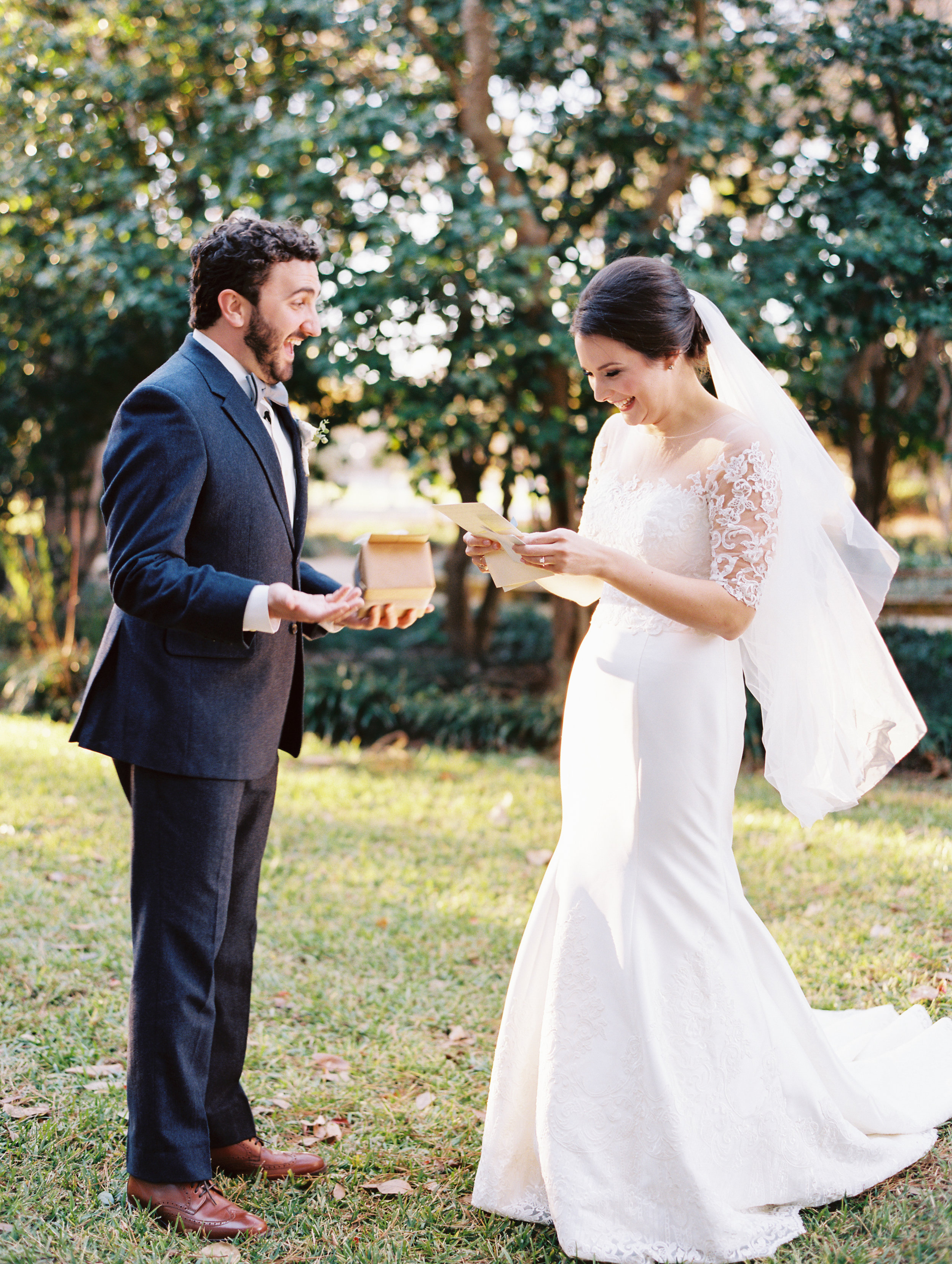 Southern Fete, Southern Wedding, Bride and Groom First Look, Notes to each other, Sarah Beth Photography