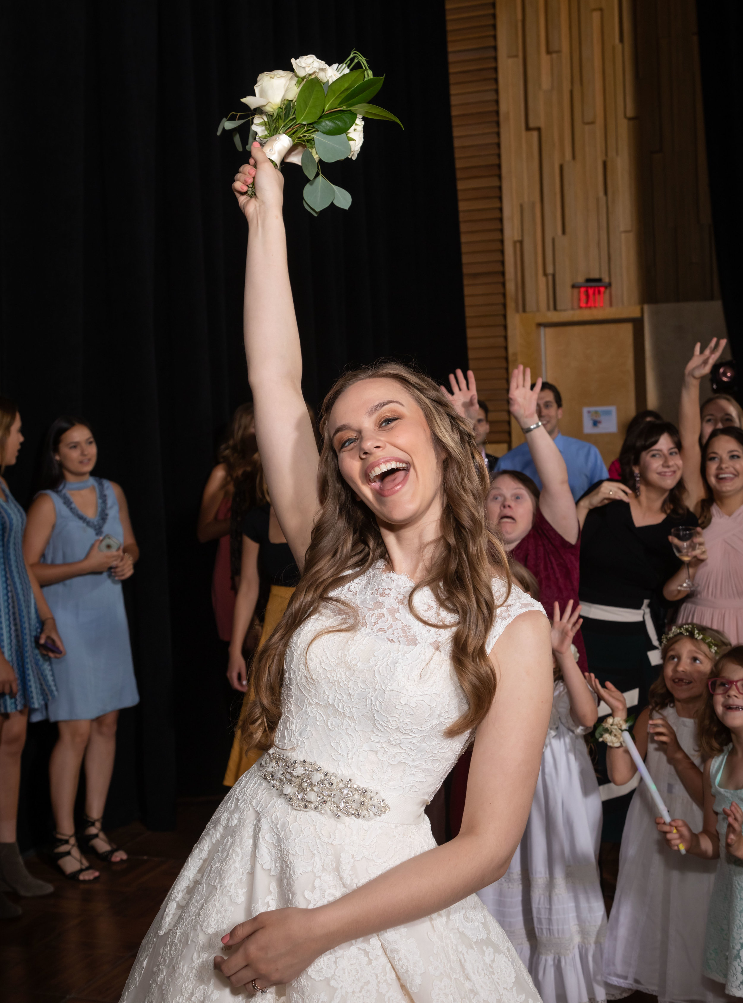 Southern Fete, Southern Wedding, Bride, Throwing of the Bouquet, Root Floral Design, Jay Faugot Photography
