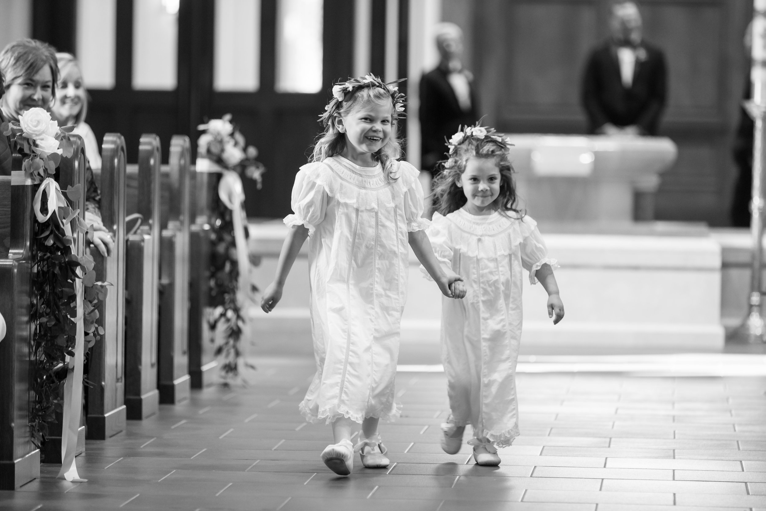 Southern Fete, Southern Wedding, Flower girls, St. Pius Catholic Church, Ceremony, Jay Faugot Photography