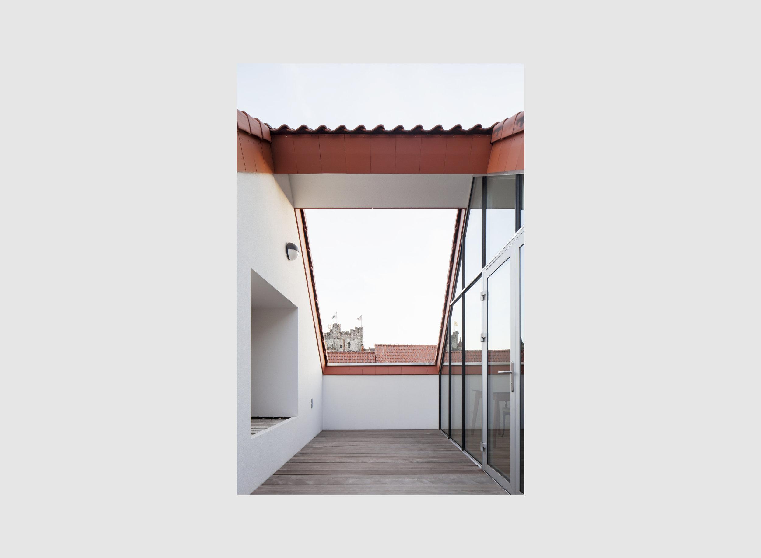 cross foto roof-01.jpg