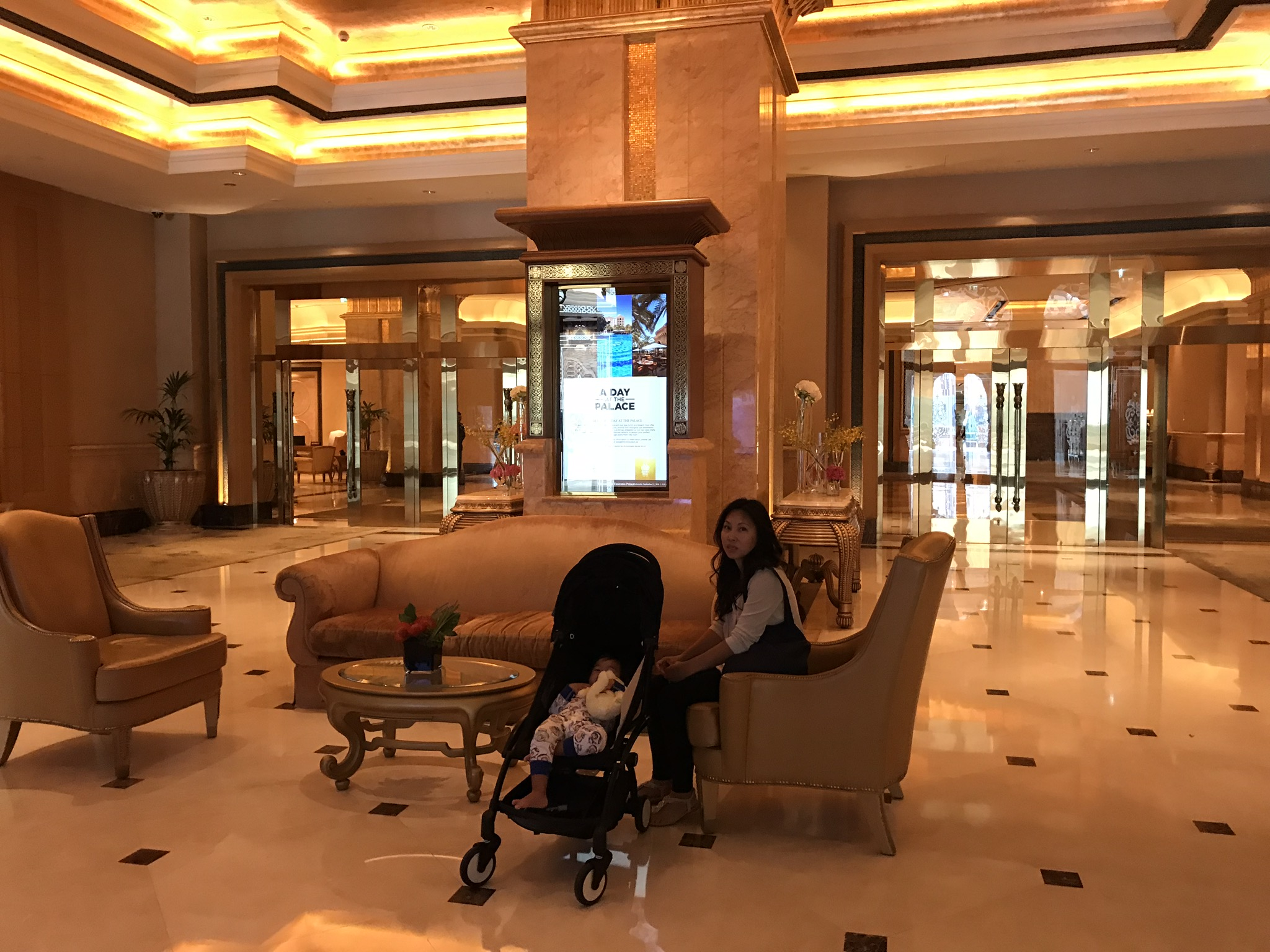 Ava and Mommy waiting patiently for Daddy =/