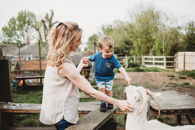 This Easter break was filled with amazing sessions! Not only did I catch up with three of my beautiful couples whose weddings are coming up this year, I also got to photograph the most fun loving families 😍 I'm back in the office today editing all of your gorgeous galleries and can't wait to share more! These guys included the whole family in their shoot, goats, cats and horses too, all on a warm sunny spring evening. Enjoy x . . . . . #beunraveled #bedfordshirefamilyphotography #britphotographerscollective #cameramama #candidchildhood #clickinmoms #cambridgefamilyphotographer #dearestviewfinder #dearphotographer #documentaryphotography #elyfamilyphotographer #fearlessandframed #inbeautyandchaos #inthegarden #inhomesession #littlebellows #lightinspired #lookslikefilm #littleandbrave #liveauthentic #lifestylephotography #makemoments #magicofchildhood #motherhoodunplugged #momentslikethese #pixelkids #runwildmychild #shamoftheperfect #subjectlight #thelifestylecollective