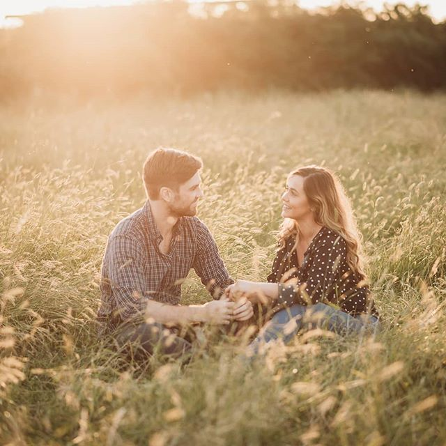 Katie + Jack ♥️ we had such a giggle at their sunset session a couple of weeks ago, you know when you meet someone and feel like you've been friends forever? = These two ☝️😍 Just a heads up the summer is now fully booked but if you'd like an autumn session please get in touch asap!