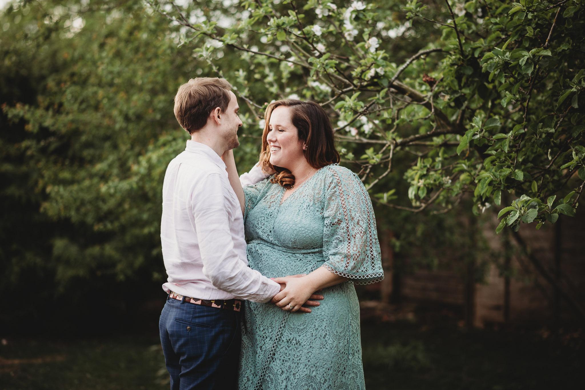 cambridge maternity photographer-108.jpg