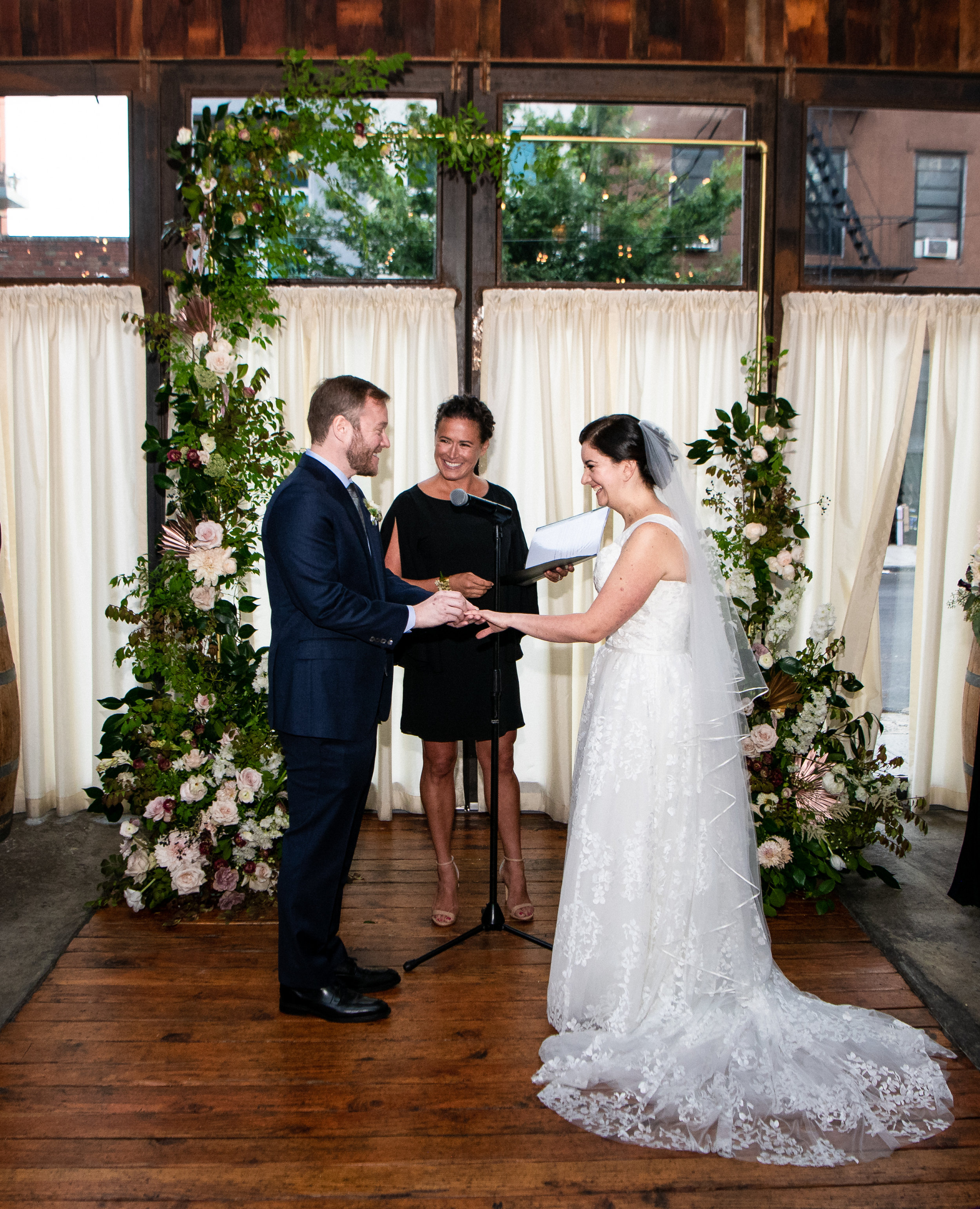 Annie + Pete - Brooklyn Winery