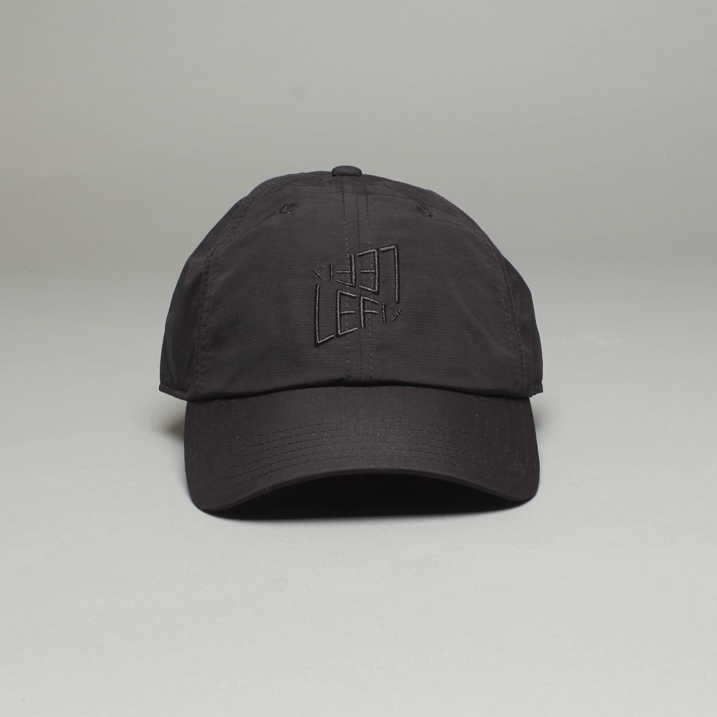 LE FIX CAP TECH BLACK  300 DK