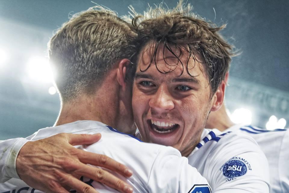 Robert Skov jubler. F.C. København - Randers: 2-1. 10. februar 2018.