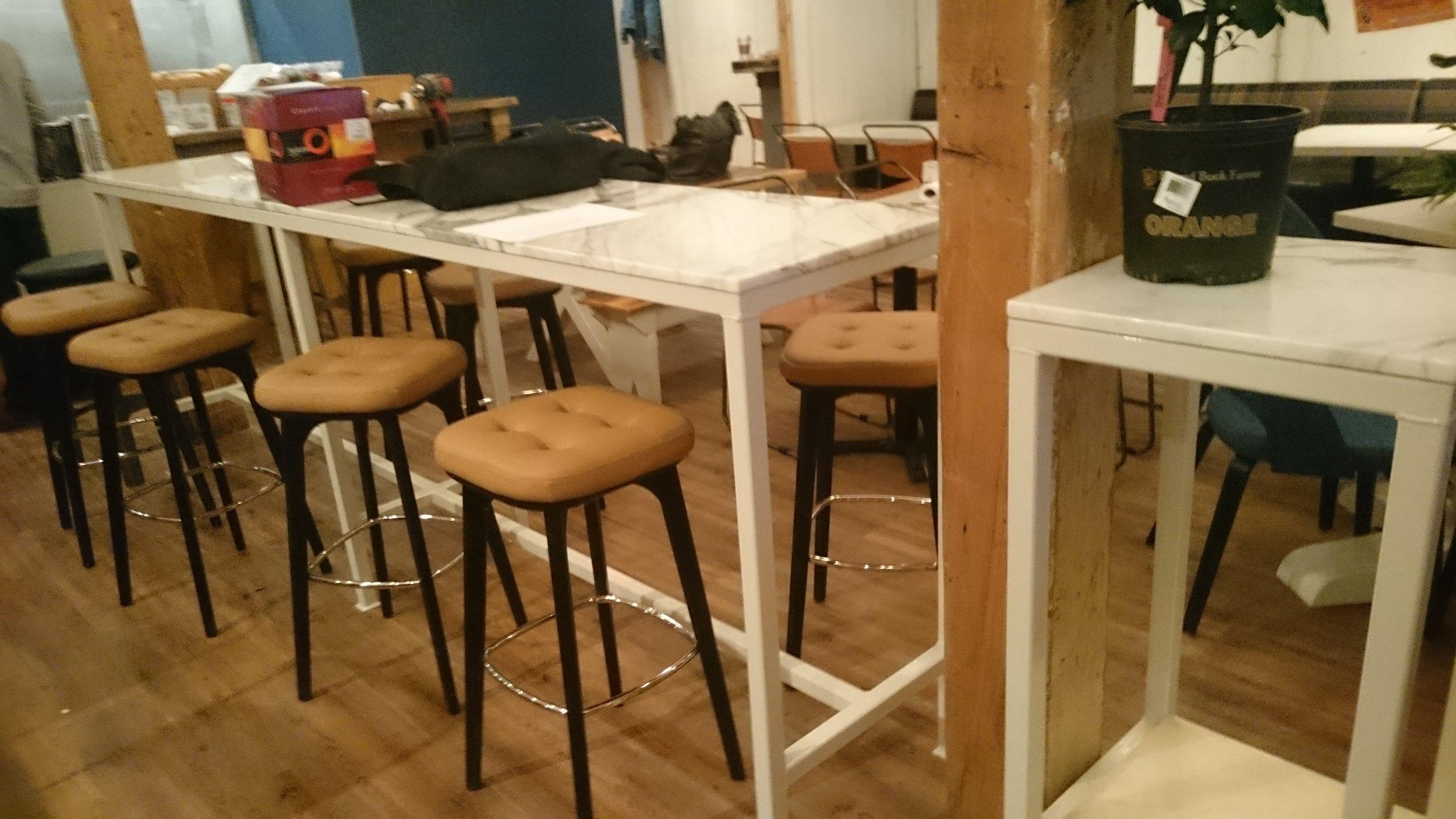 1.5 x 1.5 Bar height Table