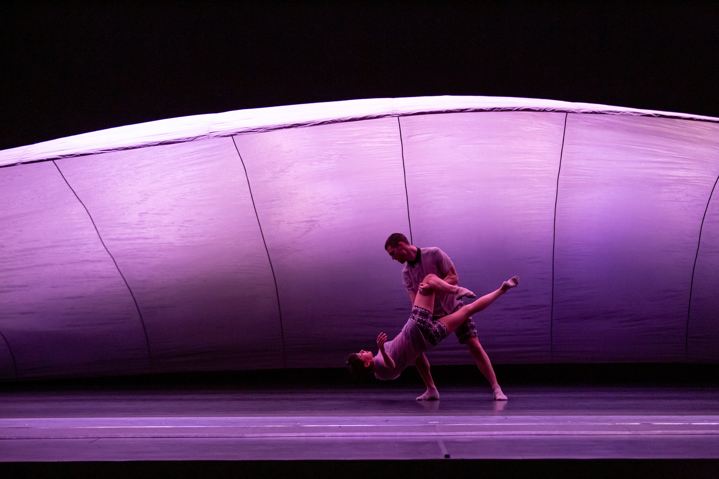 Hubbard Street Company in Cloudline. Photo by Cheryl Mann