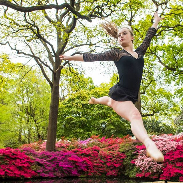 Beauty In Strength - Dance Sequence  Isabella Plantation Richmond Park  @elliewilson_k  #richmondparl #london #floraandfauna #rhododendrons #englishsummer #beautyinstrength #dance #dancer #outdoorphotography #locationphotography