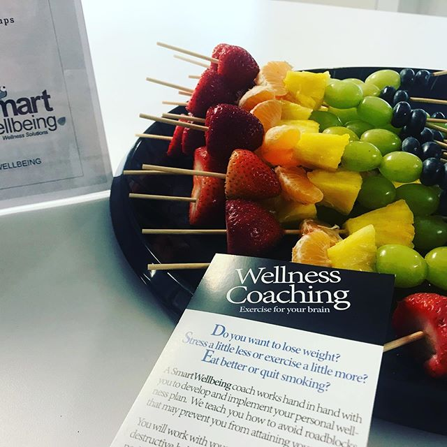 Serving up healthy and balanced snacks today @20fathomstc. #smartyiswell #balancedsnacks #smartsnacking #worksitewellness  #wellnesscoach #wellcoaches