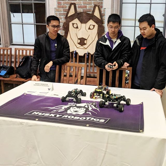 Good to see everyone who stopped by at admitted student preview day! #uw #huskyrobotics #universityofwashington #uwrobotics #engineering #newstudents #welcome #robotics