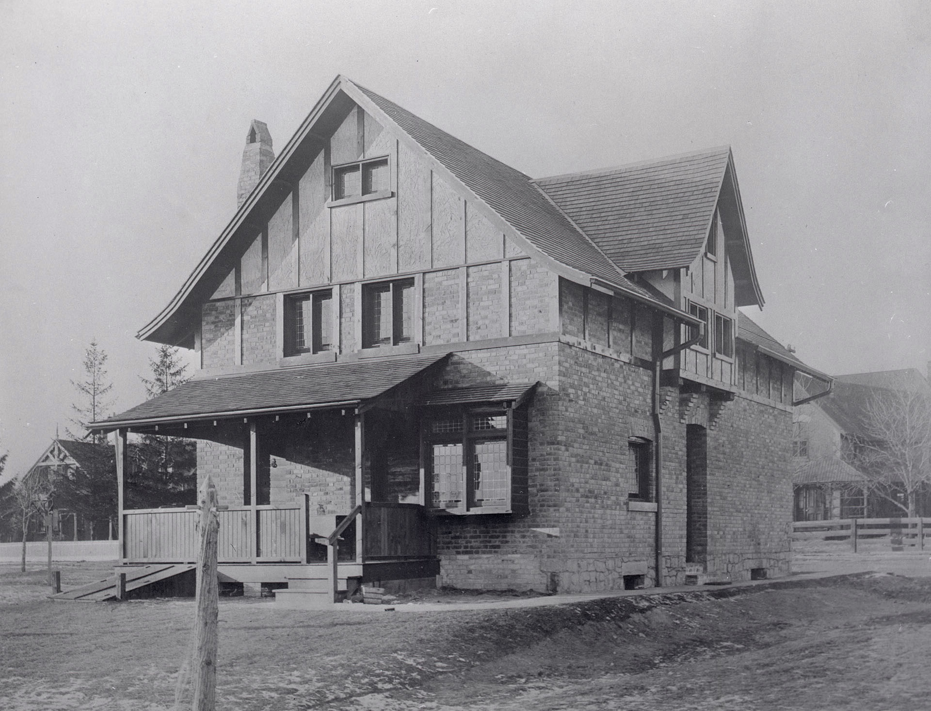 Owen Staples House, Hogarth Ave., s. side, between Ingham & Hampton Aves.; rear, looking n.w., 1905