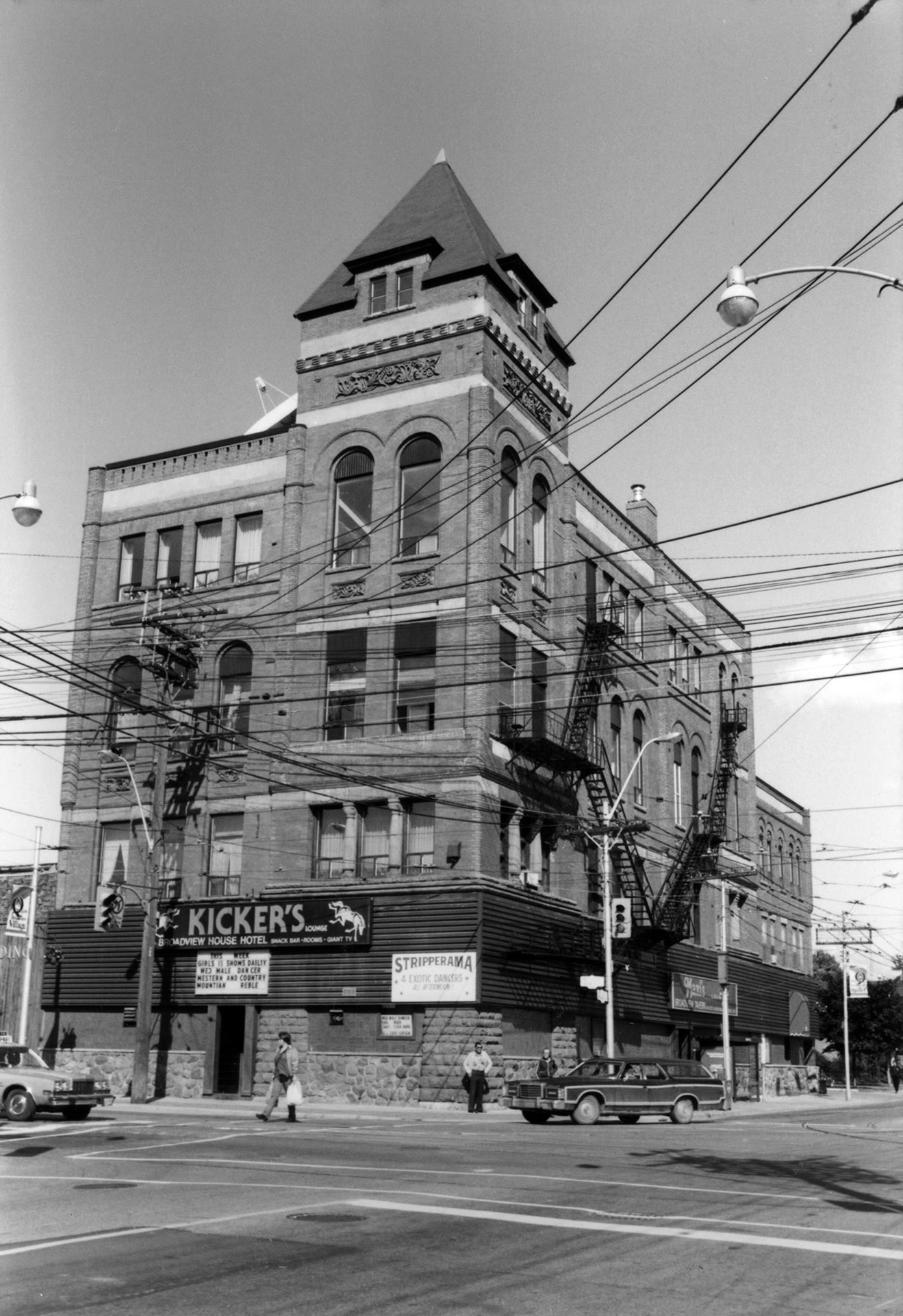 Broadview Hotel, 1985