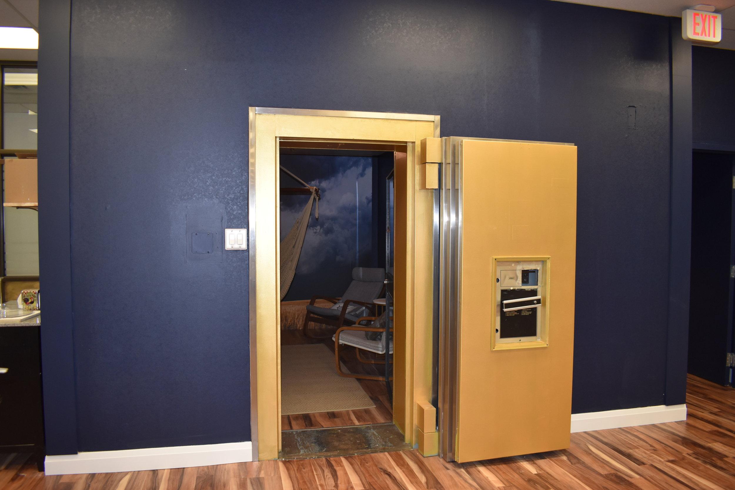 The tech-free vault