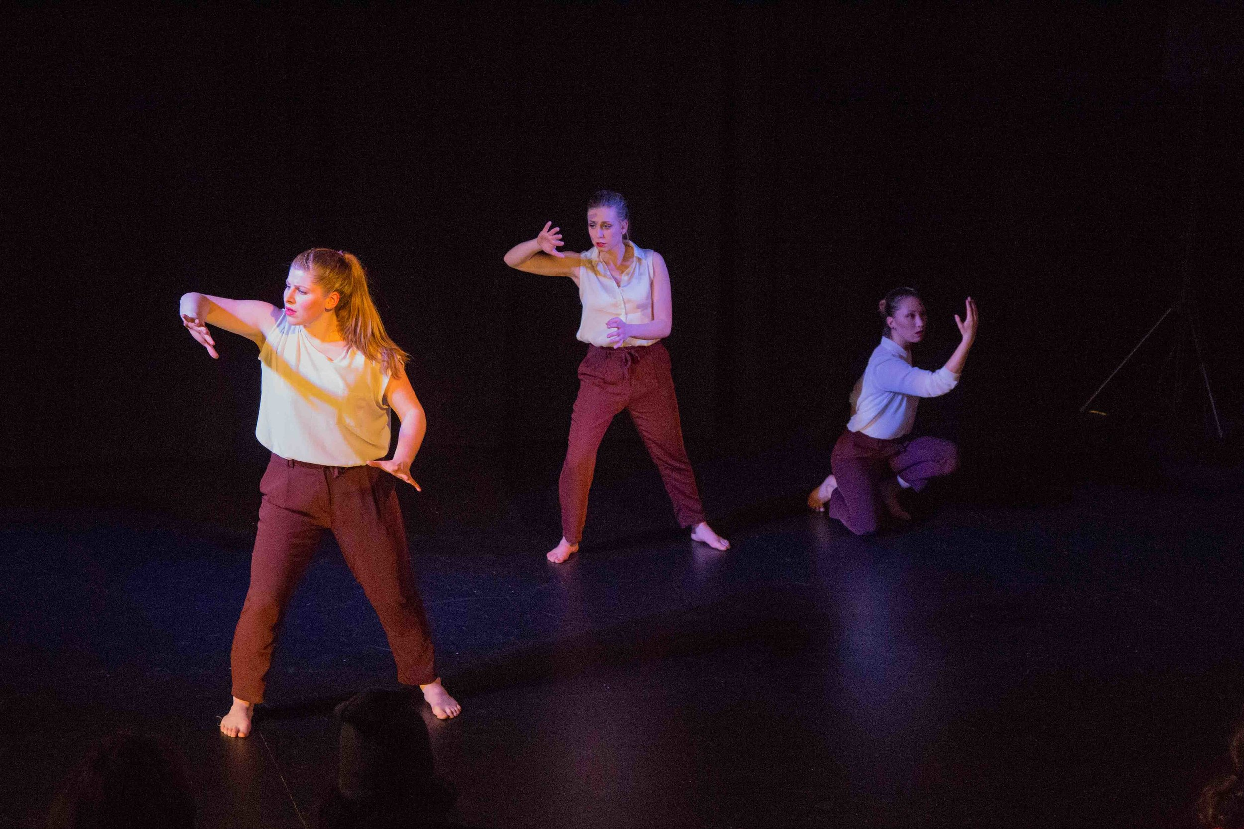 Bez-Arts-Hub-Langley-BC-still-words-dance-show-3.jpg